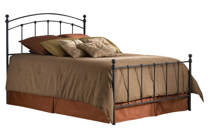 Syston Metal Panel Bed Size: Queen