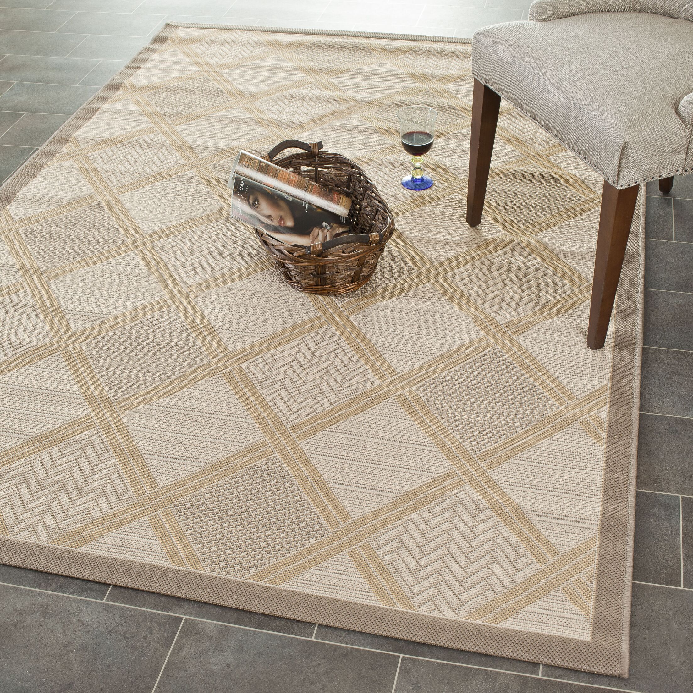 Short Indoor/Outdoor Beige Rug Rug Size: Rectangle 6'7