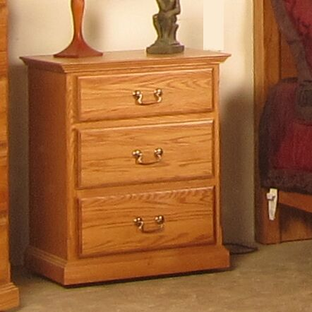 Lacluta 3 Drawer Nightstand Color: Antique Alder