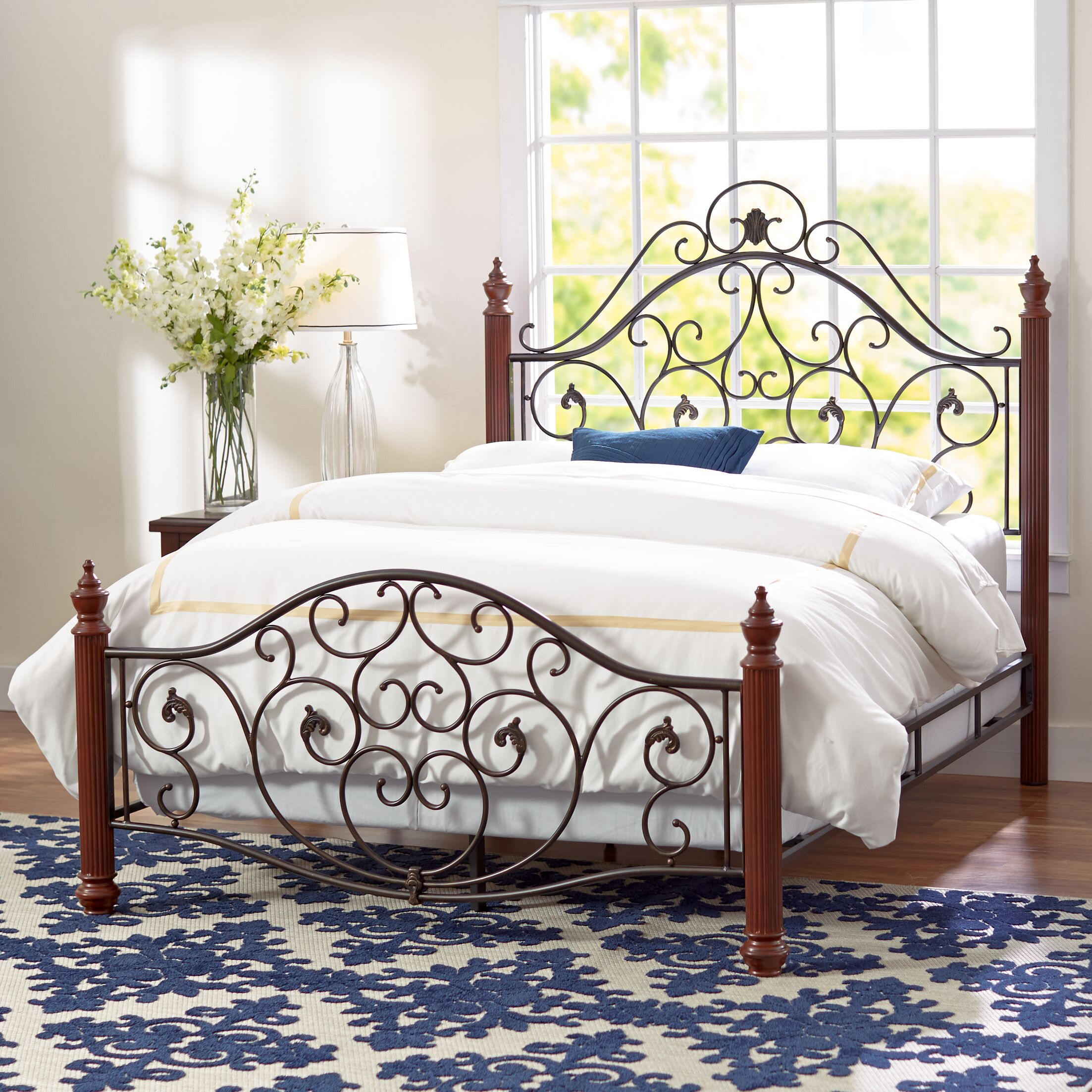 Wilkes Panel Bed Size: King