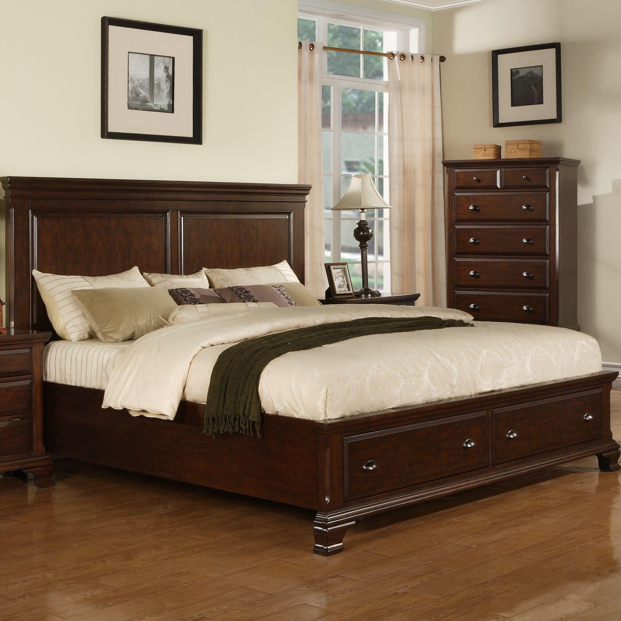 Plattsburgh Panel Bed Size: Queen