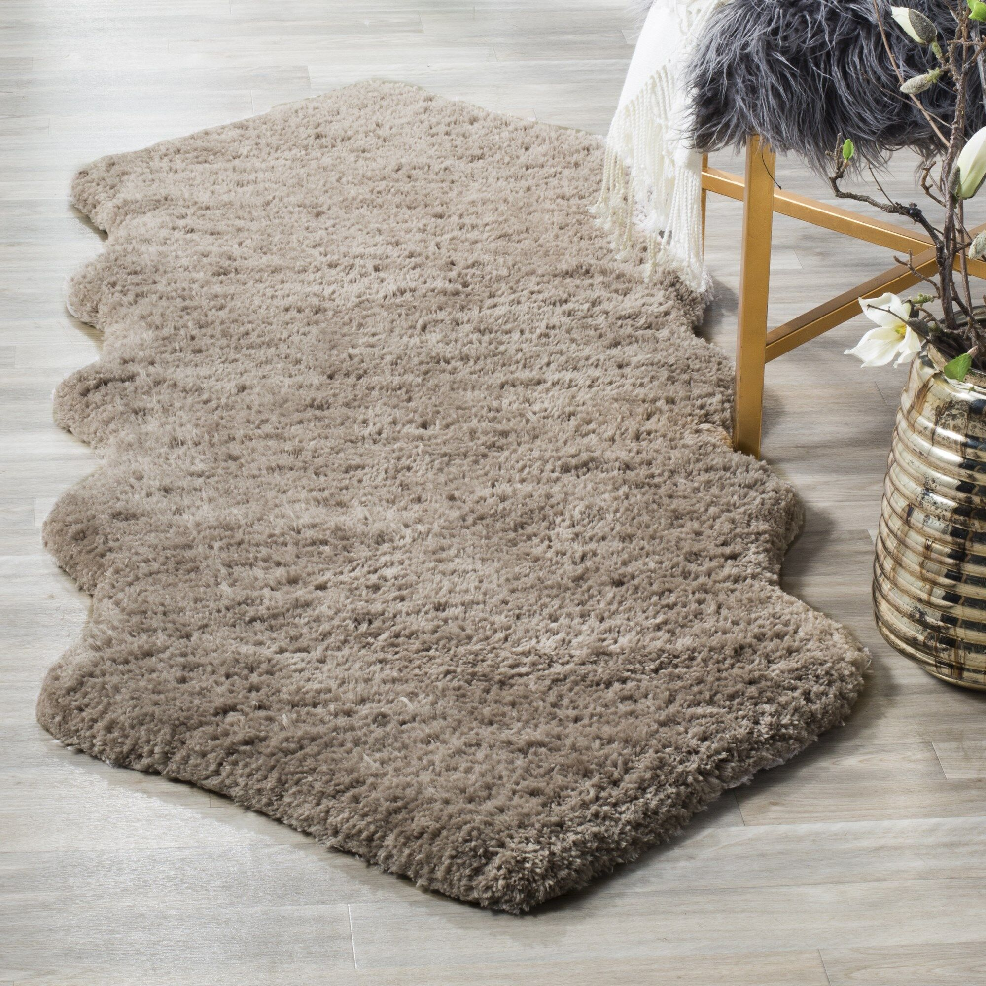 Isacc Hand-Tufted Silver Area Rug Rug Size: 2'6