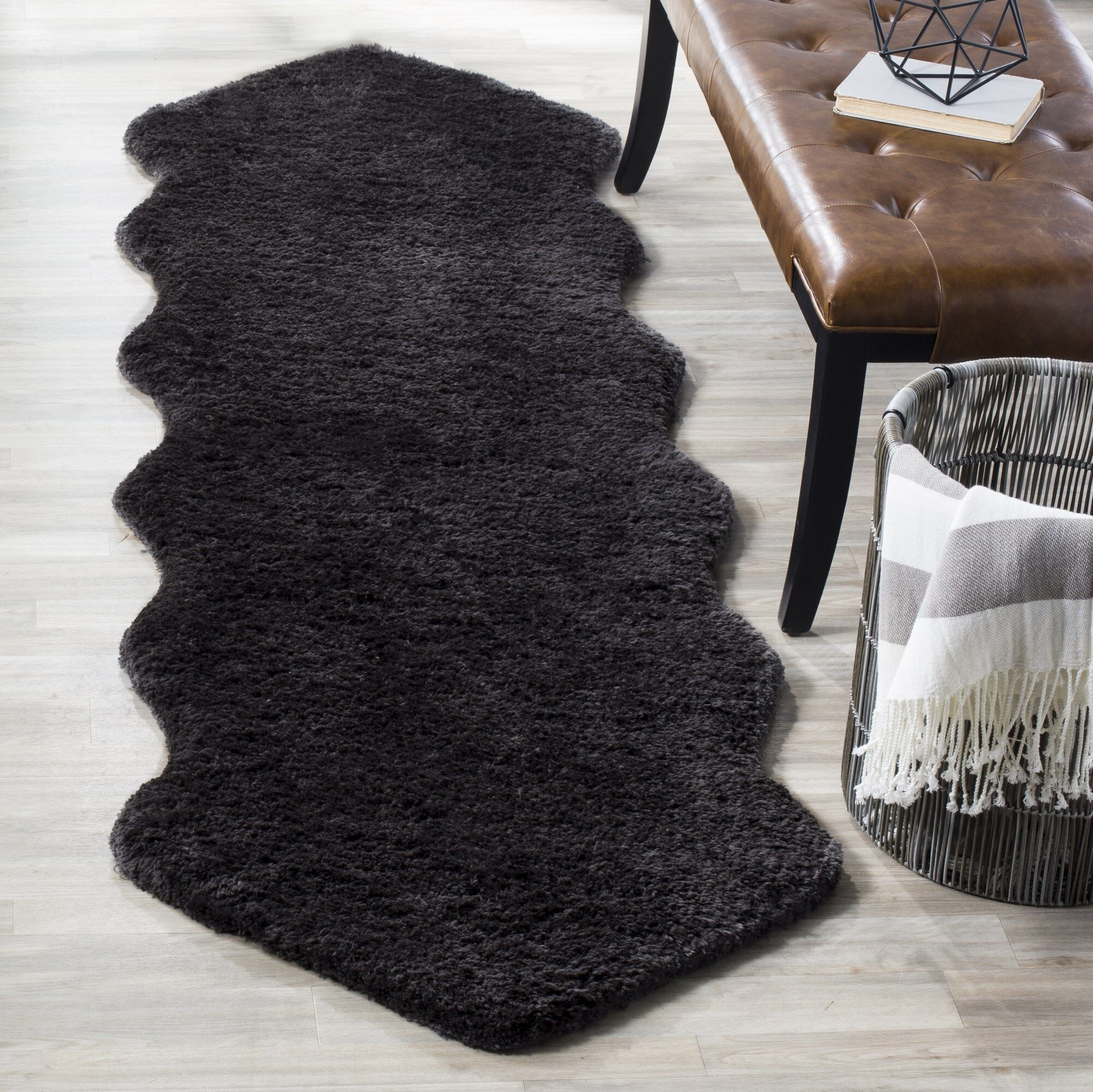 Isacc Hand-Tufted Charcoal Area Rug Rug Size: 5' x 8'