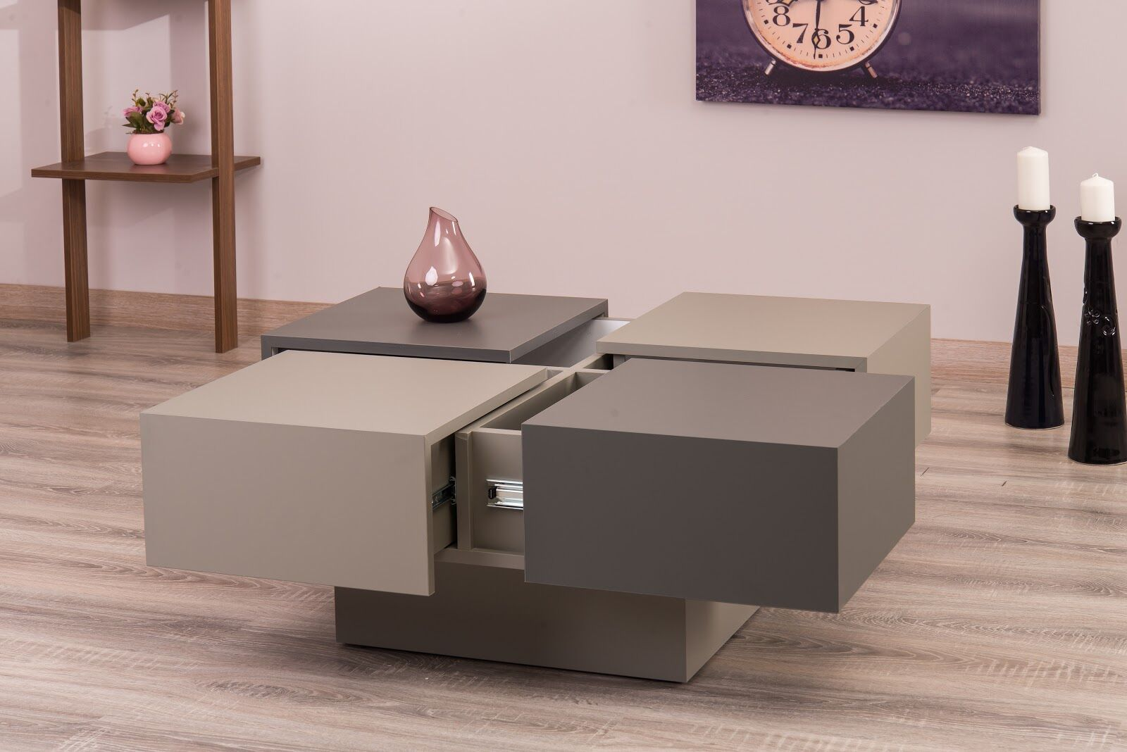 Reyer Coffee Table Color: Gray