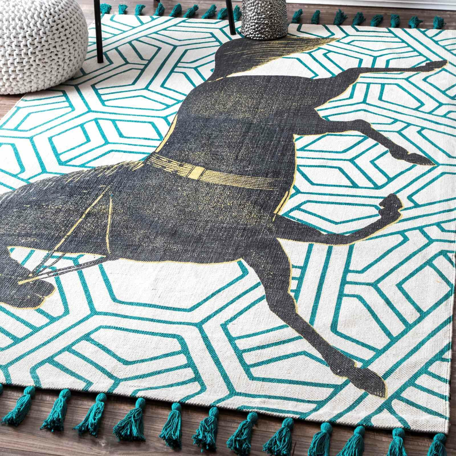 Hand-Woven Mare Green Area Rug Rug Size: Rectangle 5' x 8'