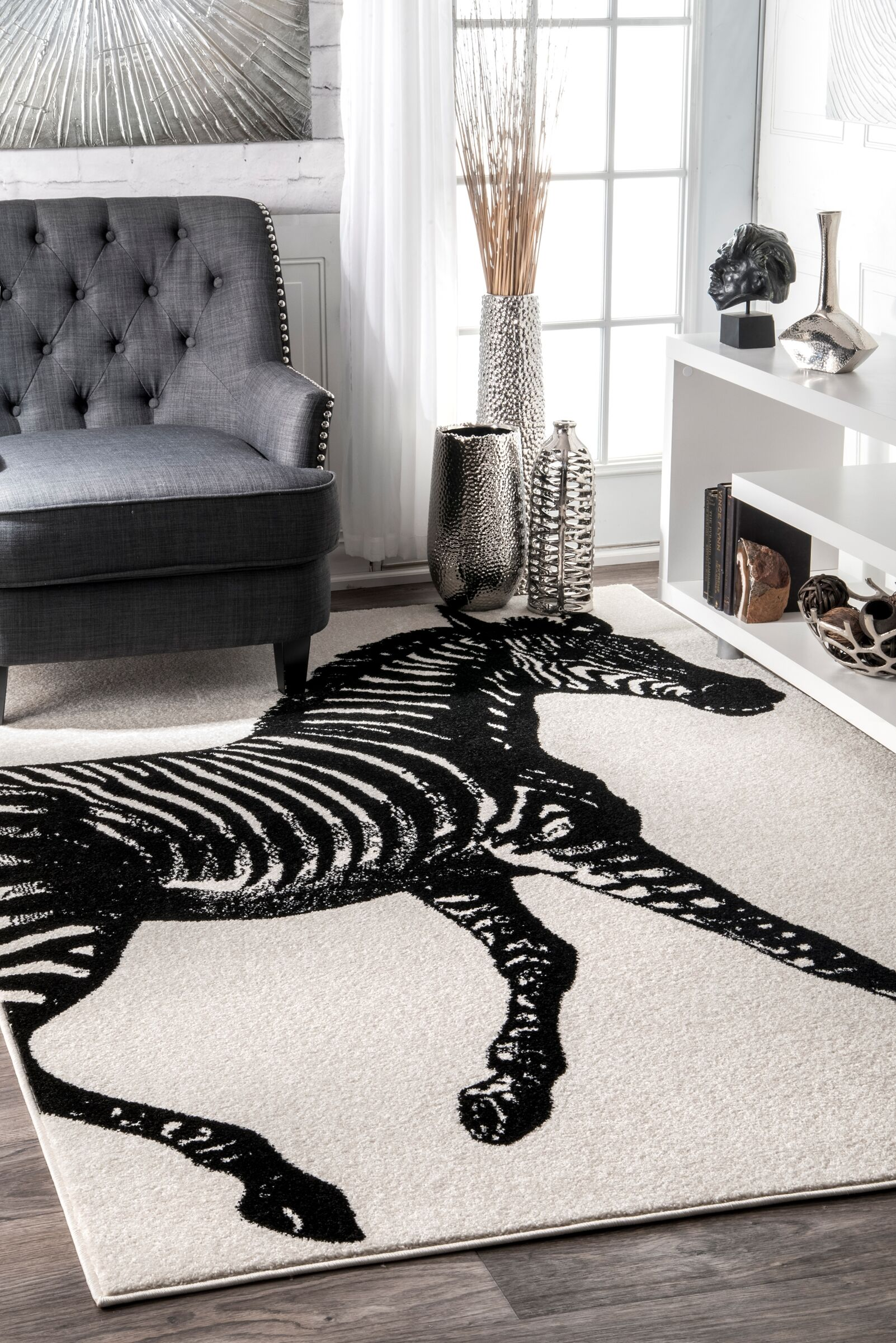 Black/White Area Rug Rug Size: Rectangle 5' x 8'