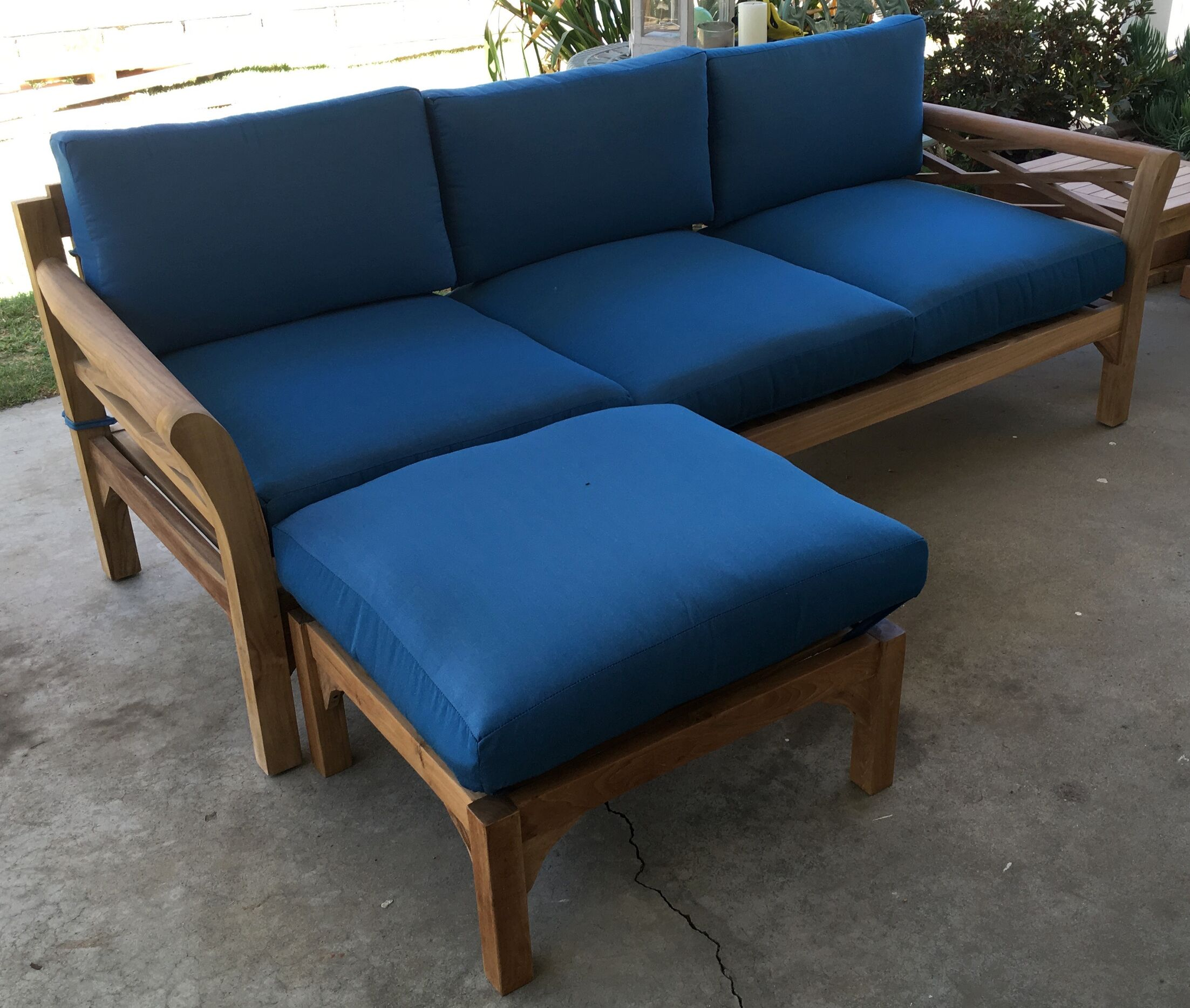 Malibu Teak Patio Sofa with Sunbrella Cushions Fabric: Flax