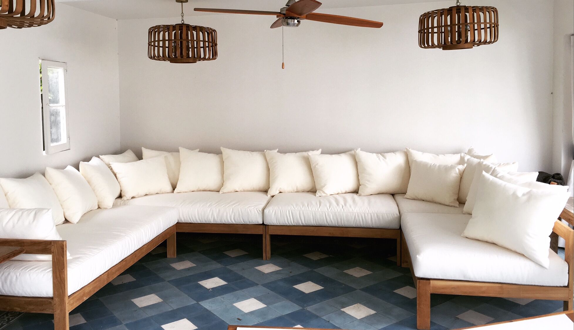 Manhattan 5 Piece Teak Sunbrella Sectional Set with Cushions Fabric: Charcoal