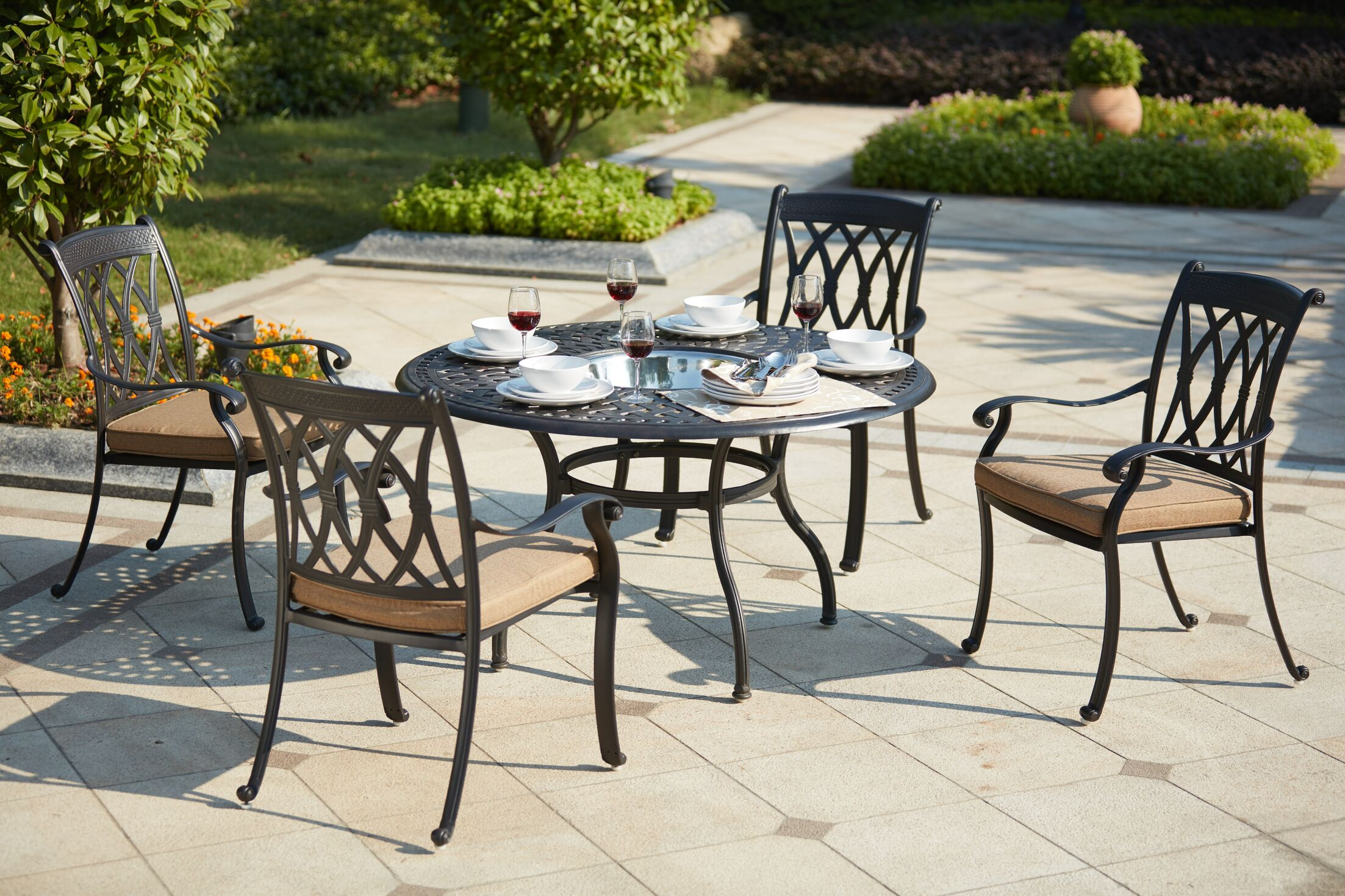 Melchior 5 Piece Dining Set with Cushions
