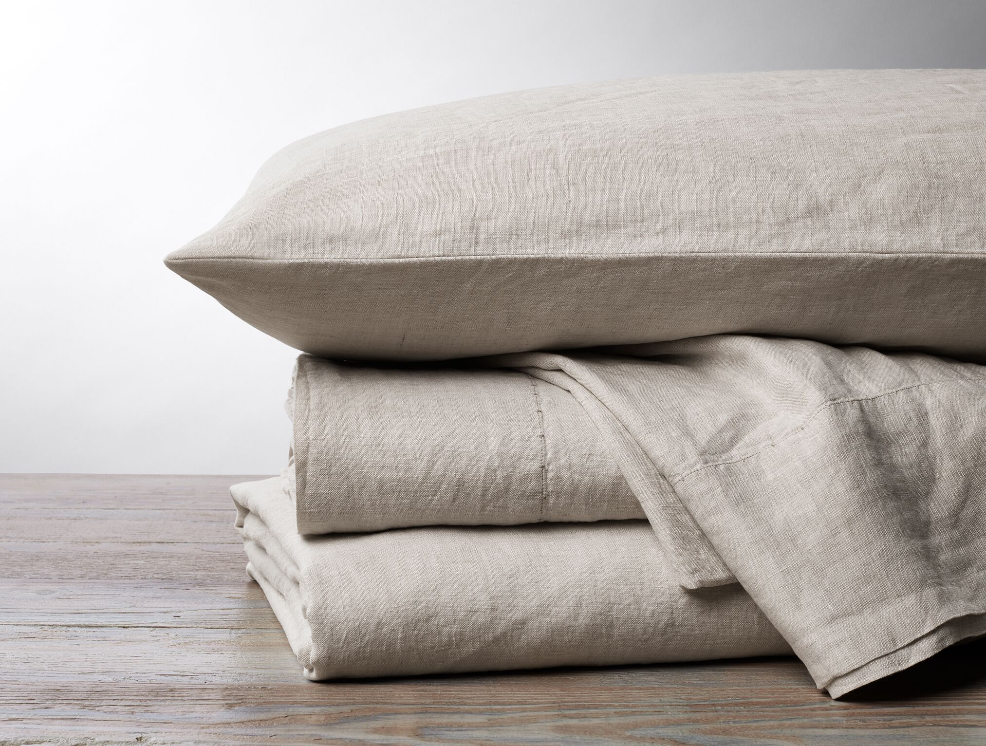 Organic Relaxed Linen Sheet Set Color: Undyed Chambray, Size: King