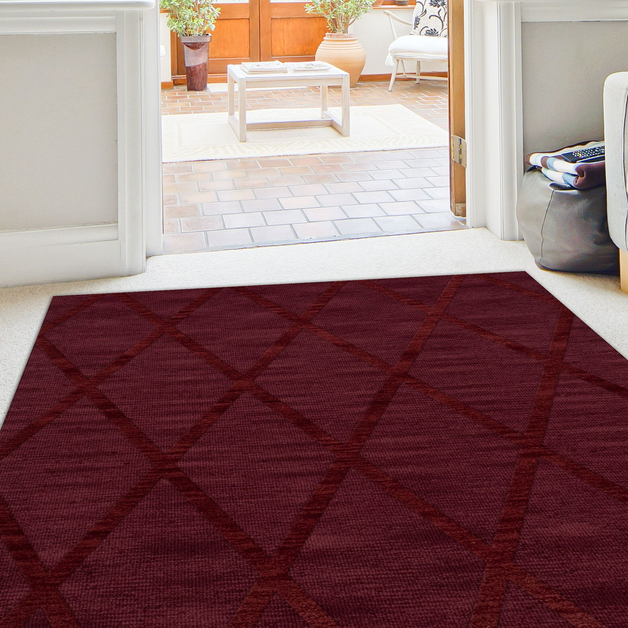 Dover Tufted Wool Burgundy Area Rug Rug Size: Octagon 10'