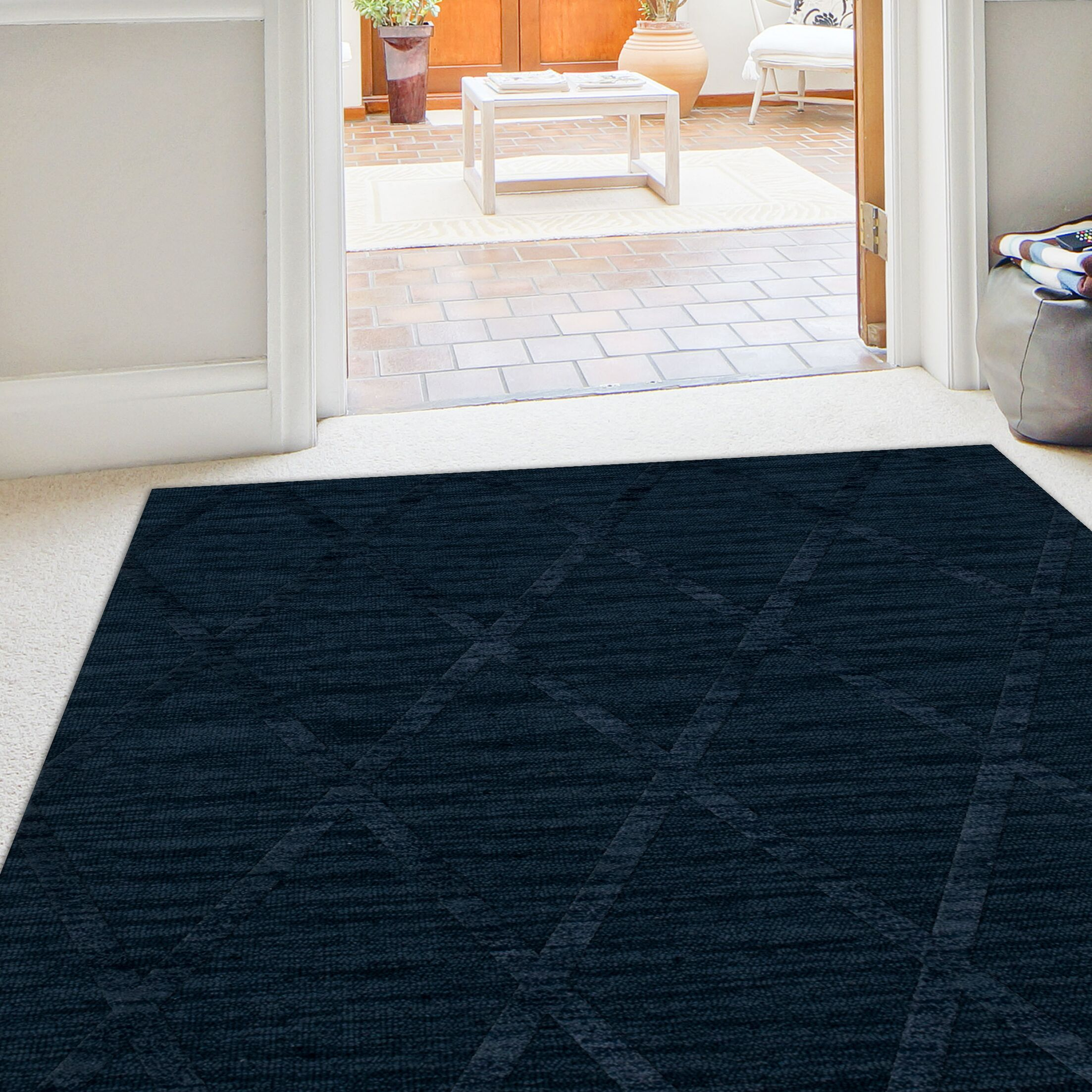 Dover Tufted Wool Navy Area Rug Rug Size: Square 6'