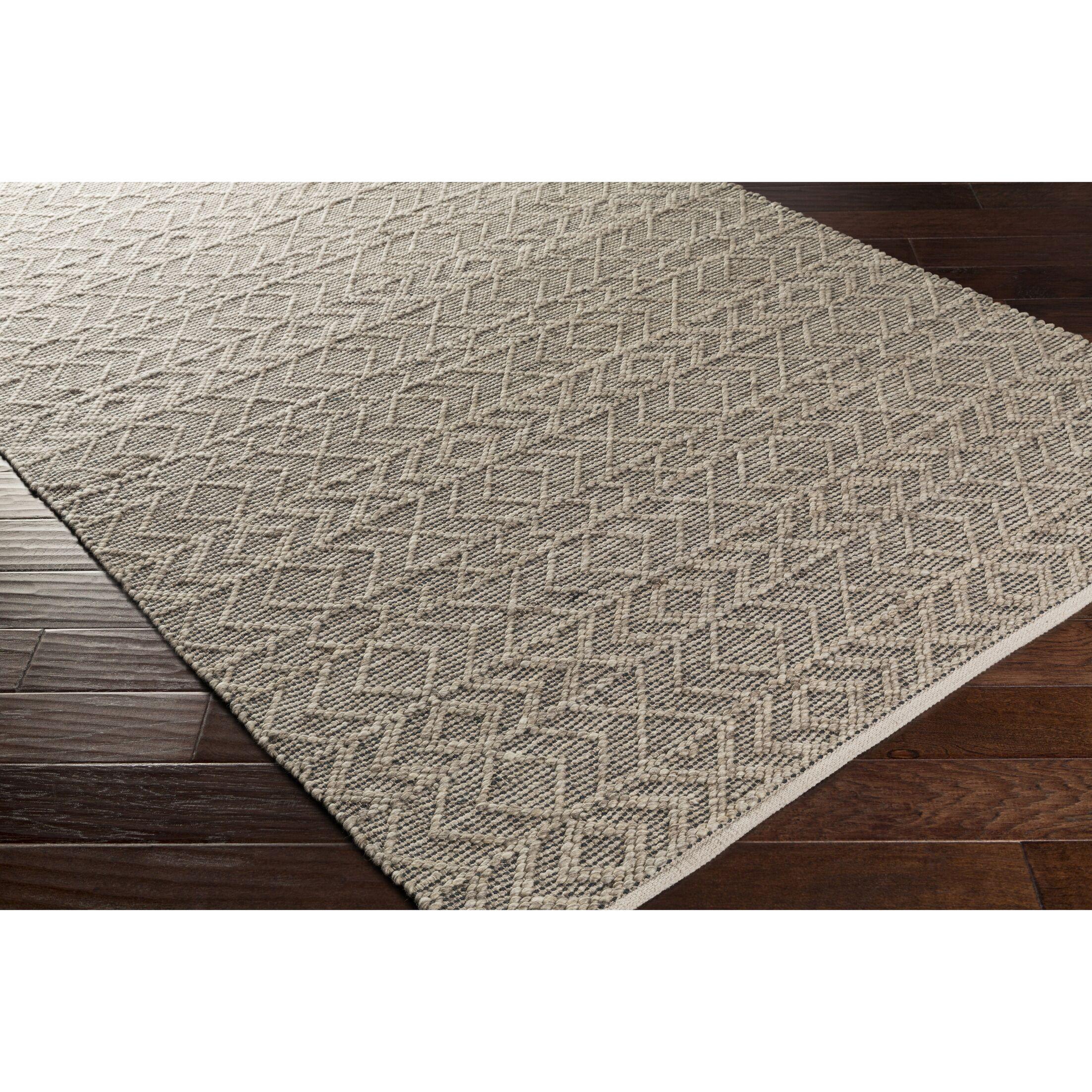 Between Hand-Woven Gray Area Rug Rug Size: Rectangle 4' x 6'