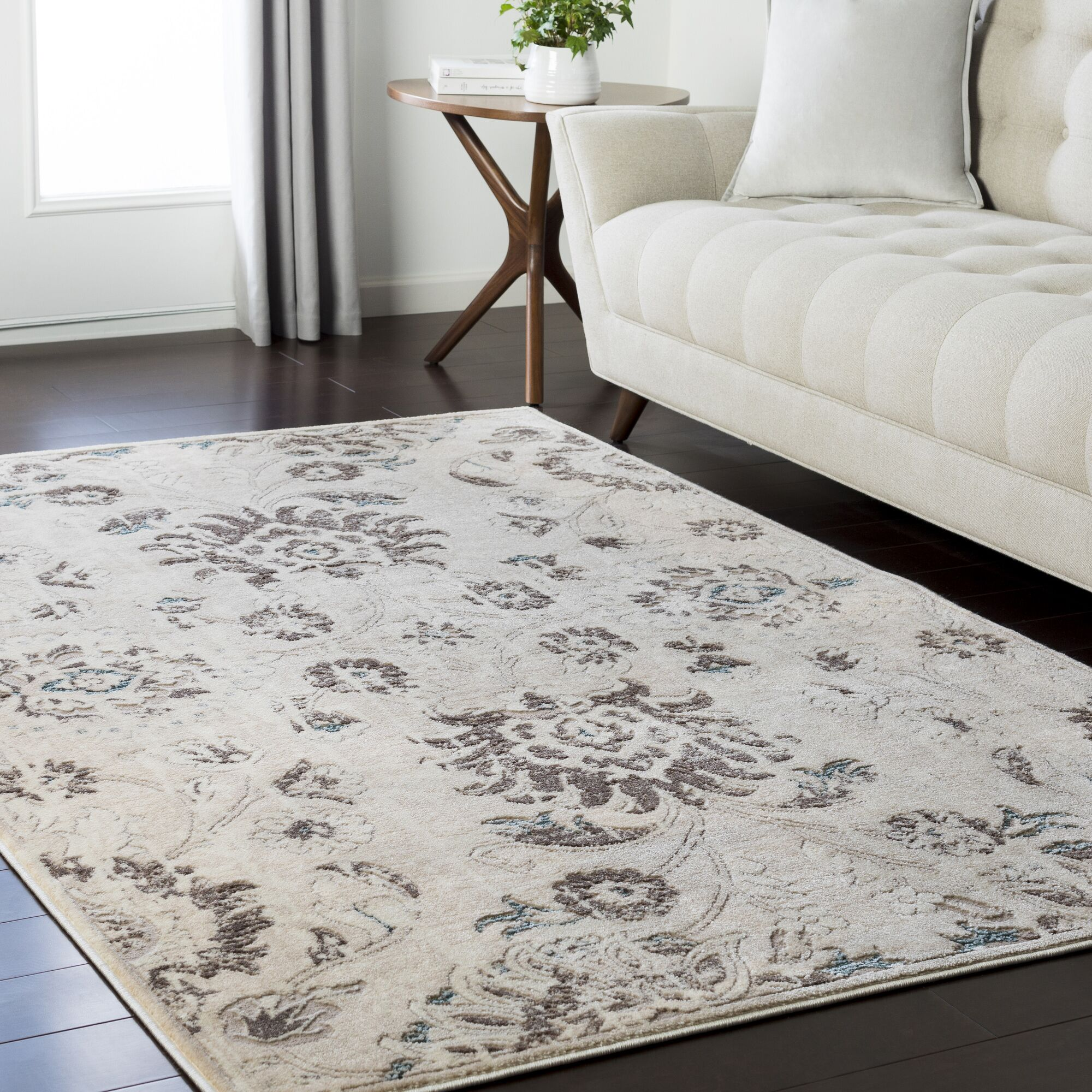 Synthia Brown Area Rug Rug Size: Rectangle 6'7