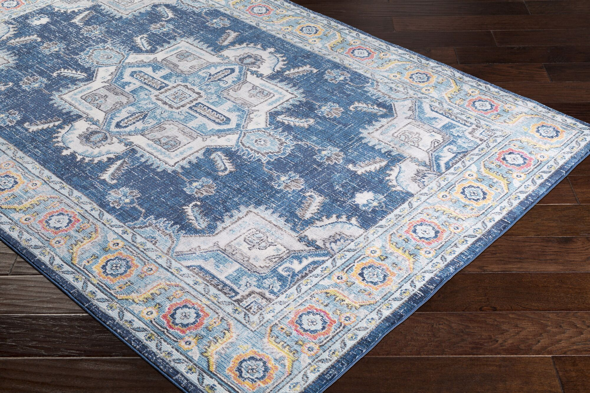 Tillamook Silk Distressed Floral Sky Blue/Gray Area Rug Rug Size: Rectangle 7'10