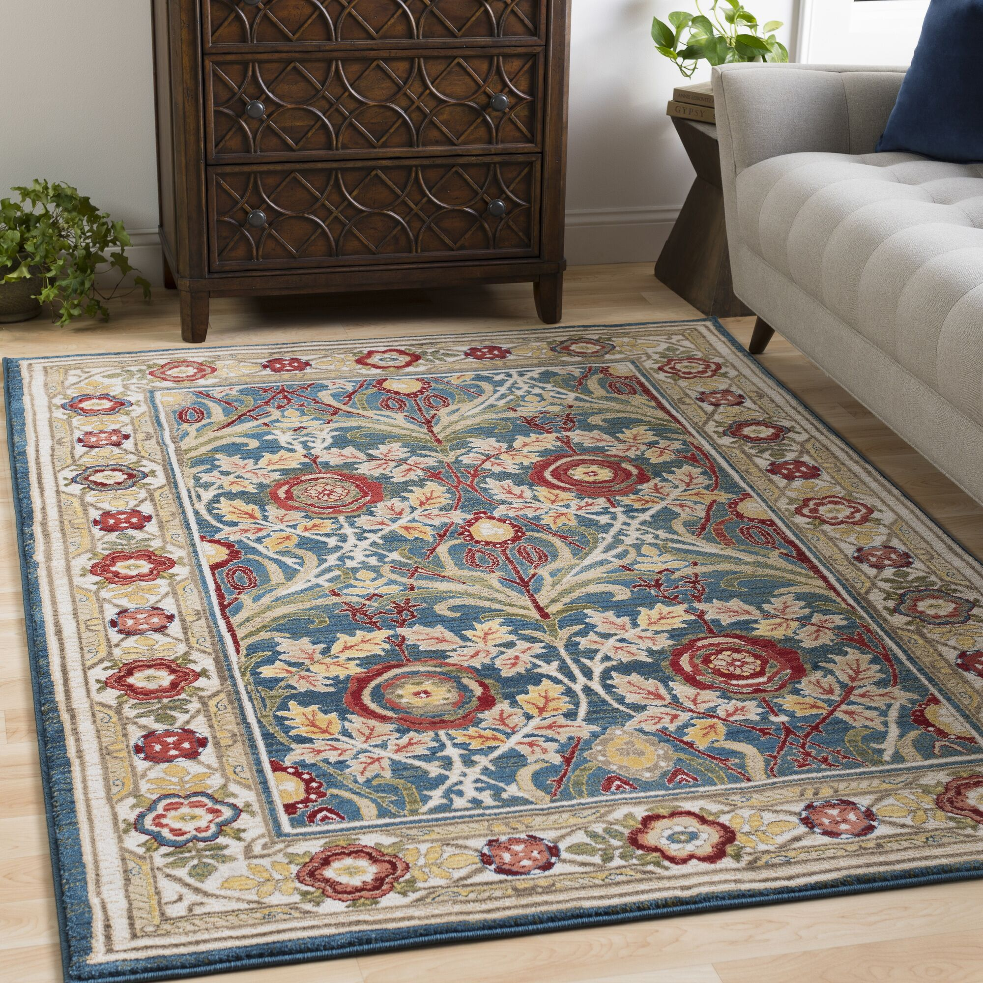 Arbouet Traditional Floral Navy/Cream Area Rug Rug Size: Runner 2'6