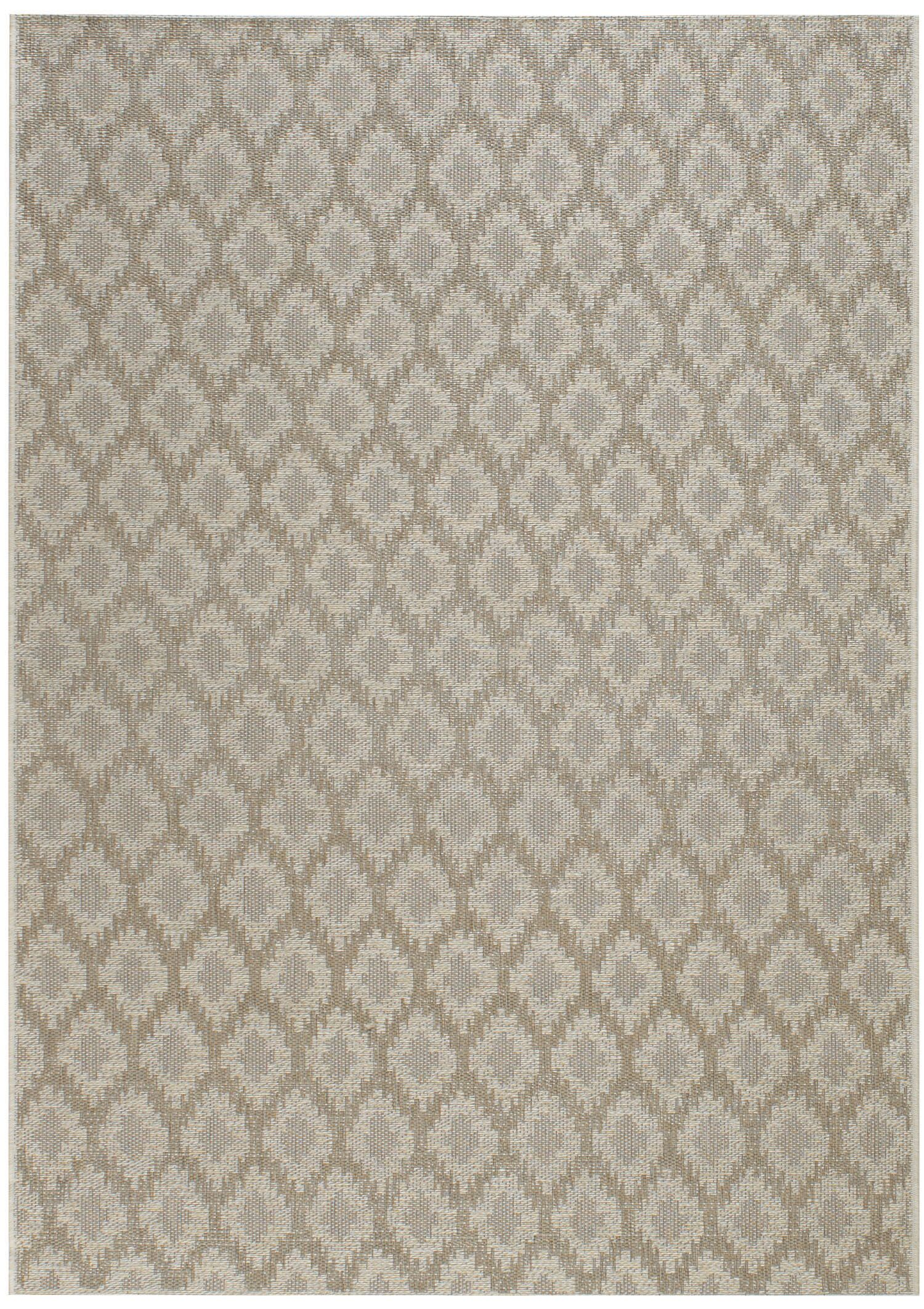 Hanish Diamond Tan Indoor/Outdoor Area Rug Rug Size: 5'3