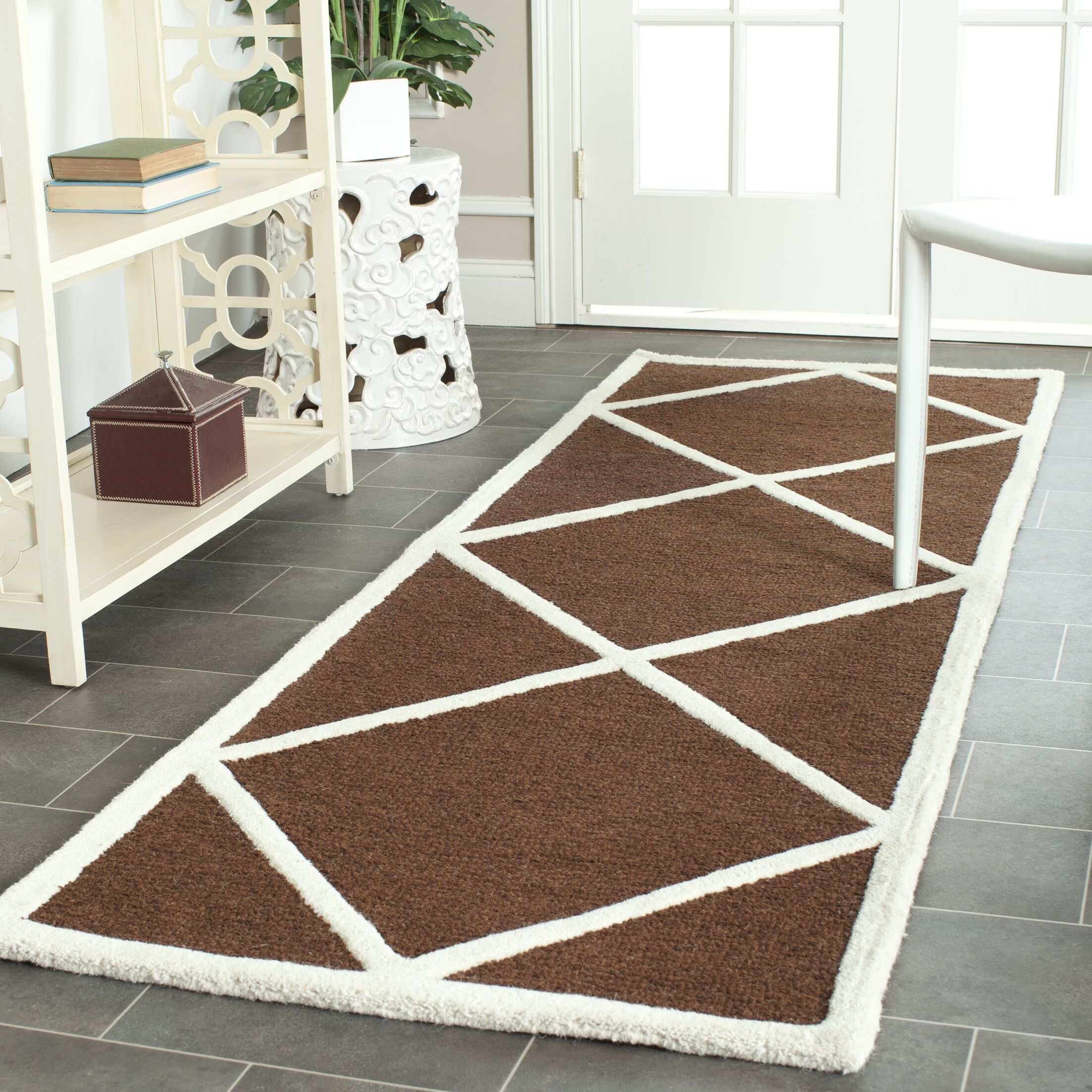 Darla Hand-Tufted Wool Dark Brown/Ivory Area Rug Rug Size: Rectangle 4' x 6'