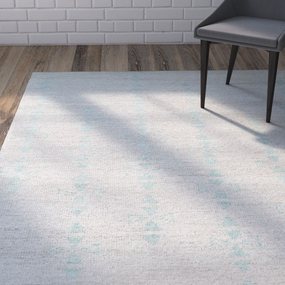 Aracely Hand Woven Silver/Turquoise Area Rug Rug Size: Rectangle 4' x 6'