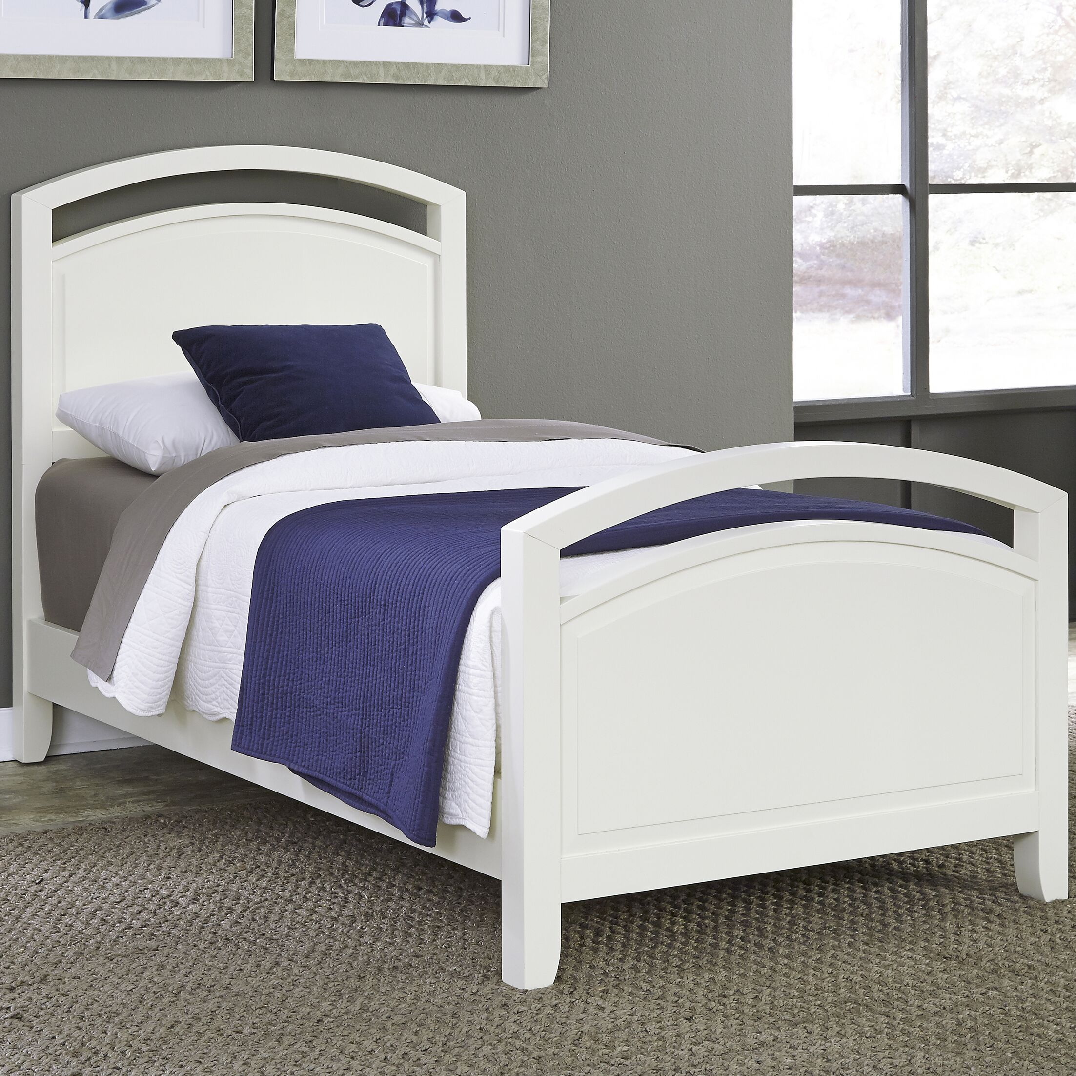Darrow Panel Bed Size: King