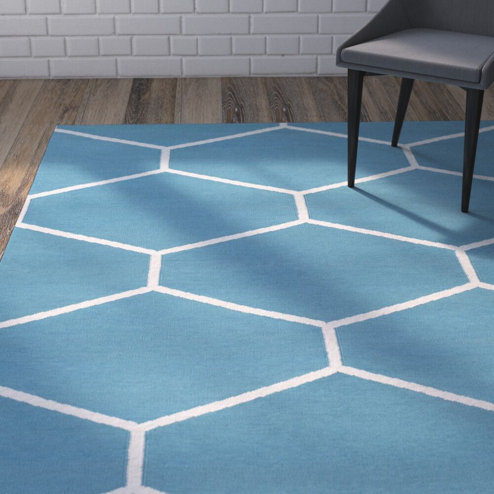 Smyth Hand-Woven Blue Area Rug Rug Size: Rectangle 5' x 7'6