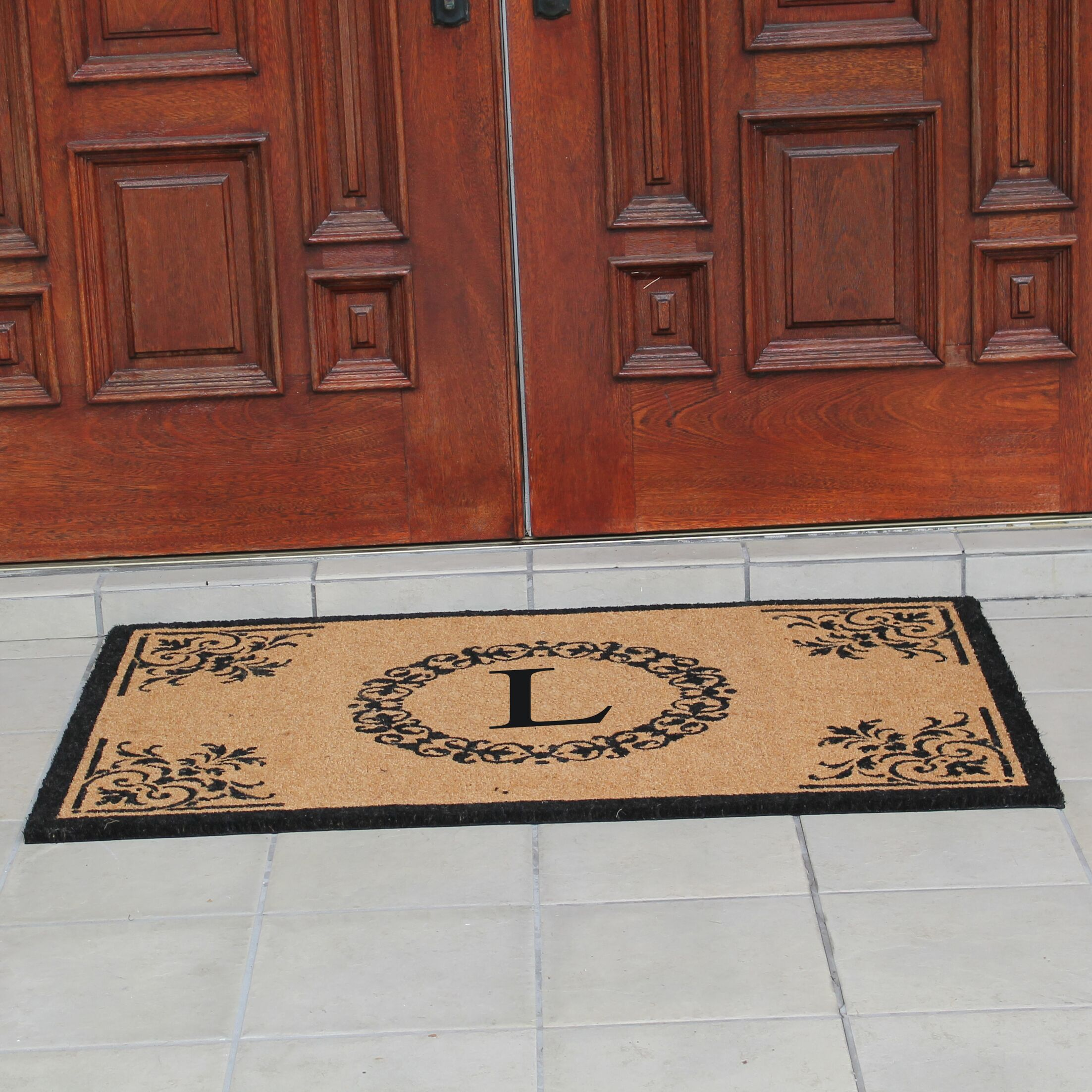 Hedvige Anti Shred Treated Non-Skid Monogrammed Entry Doormat Letter: L