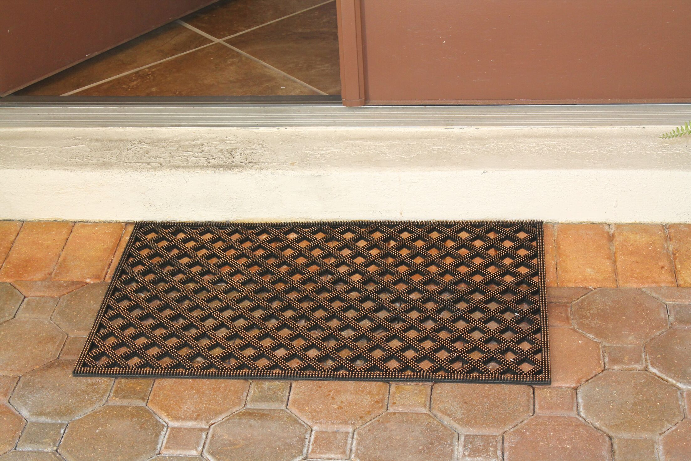 Albertina Diamonds 100% Rubber Doormat