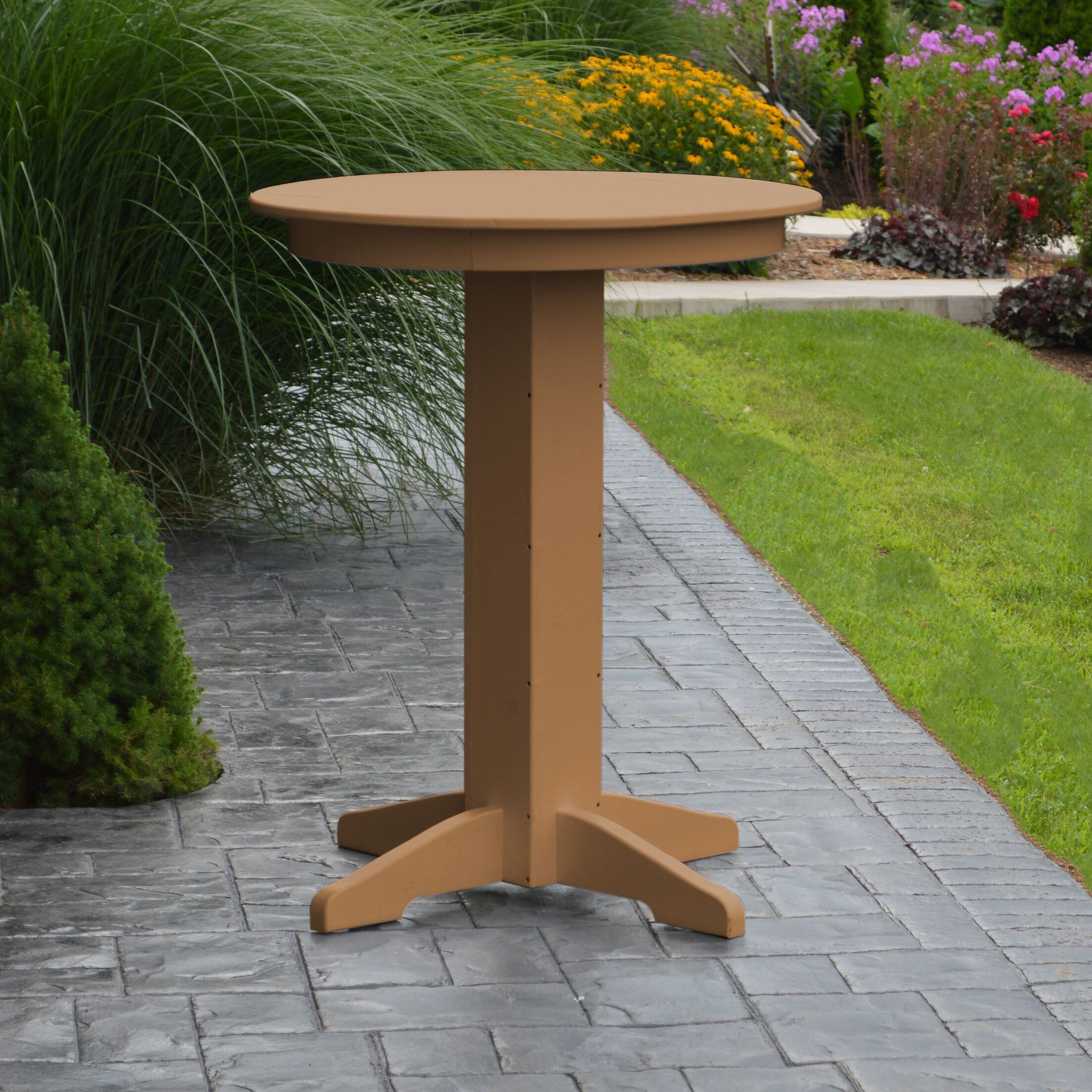Nettie Bar Table Color: Cedar, Table Size: 44