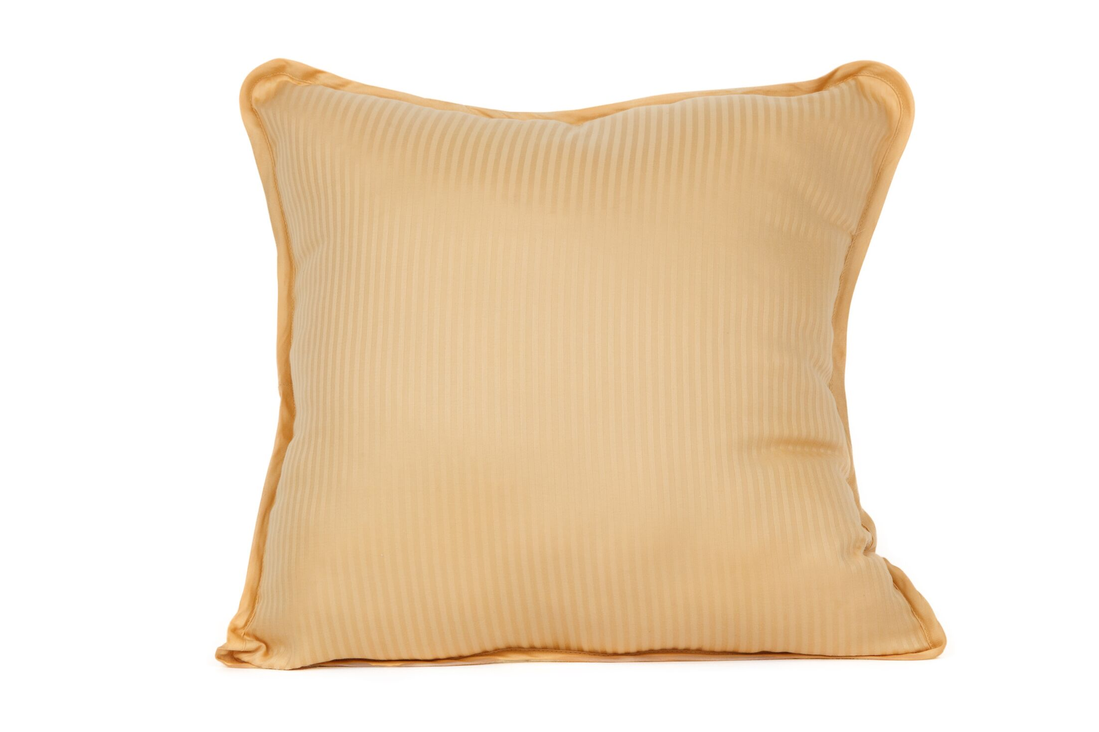 Devonshire of Nottingham 540 Thread Count 100% Cotton Throw Pillow Color: Gold
