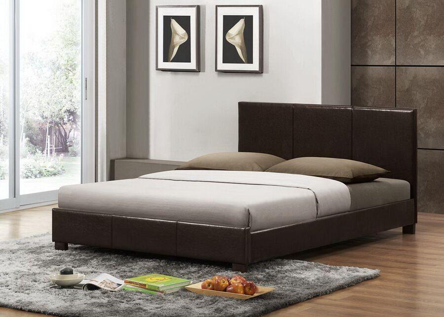 Carnegie Upholstered Platform Bed Size: Queen