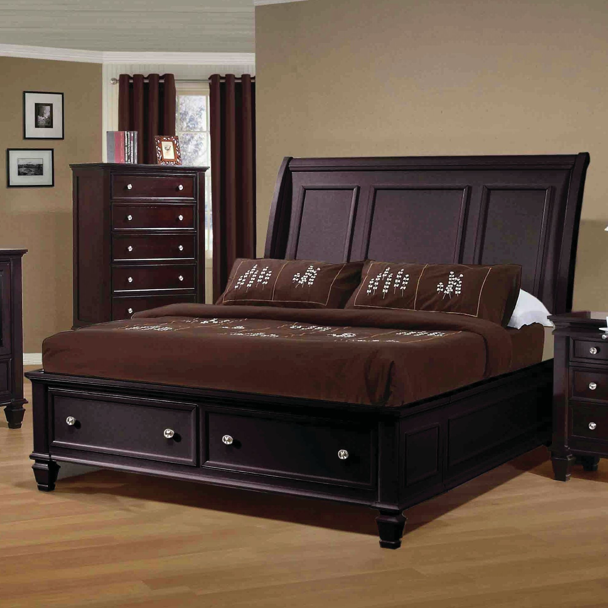 Cianchette Storage Sleigh Bed Size: King
