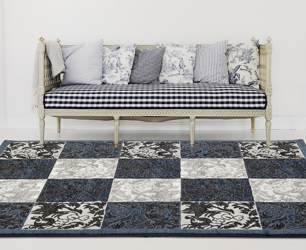 Chapman Blue/Gray Indoor/Outdoor Area Rug Rug Size: 5' x 7'