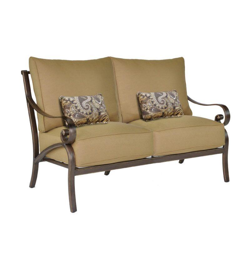 Veracruz Loveseat with Cushions
