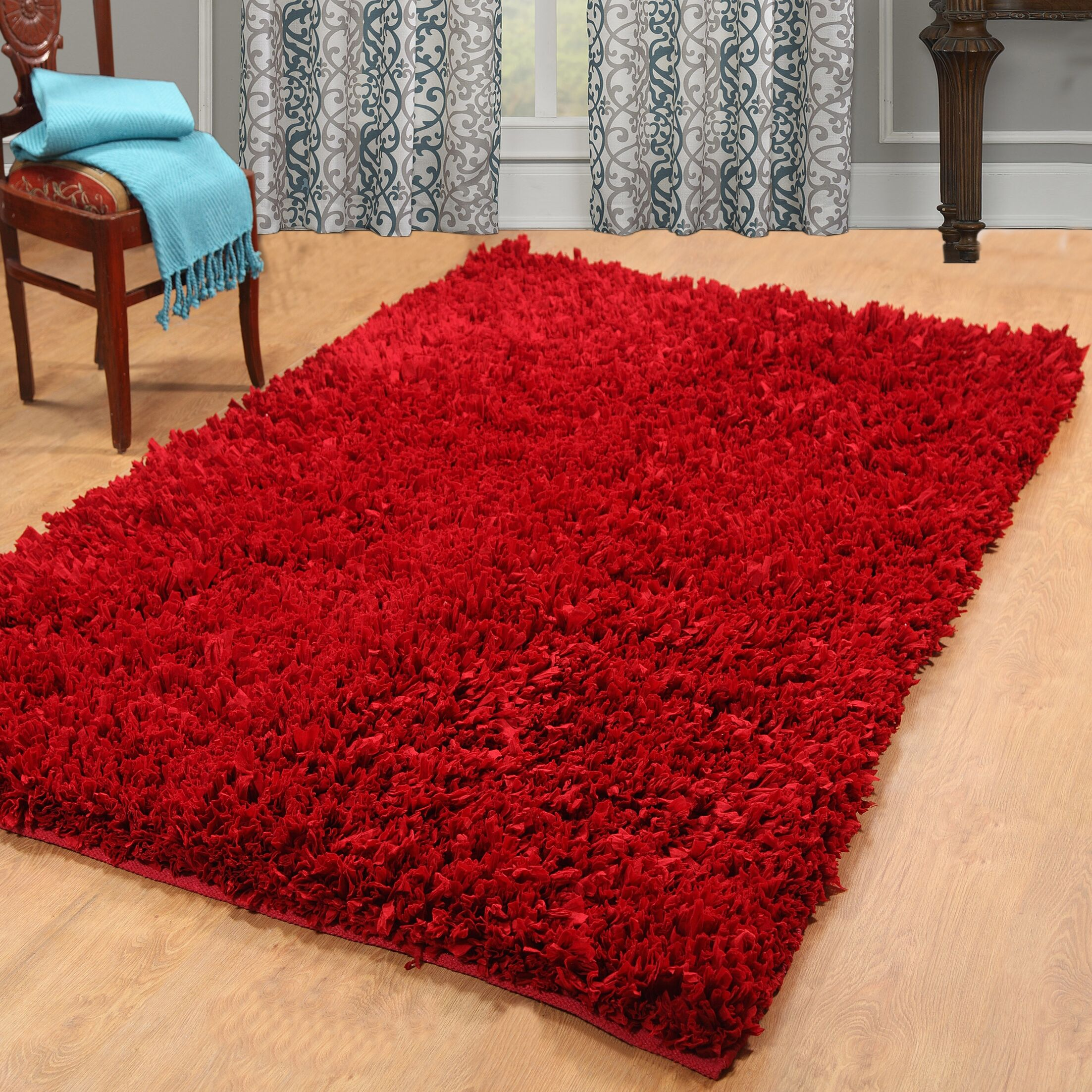 Cozy Hand-Woven Red Area Rug Rug Size: 4' x 6'