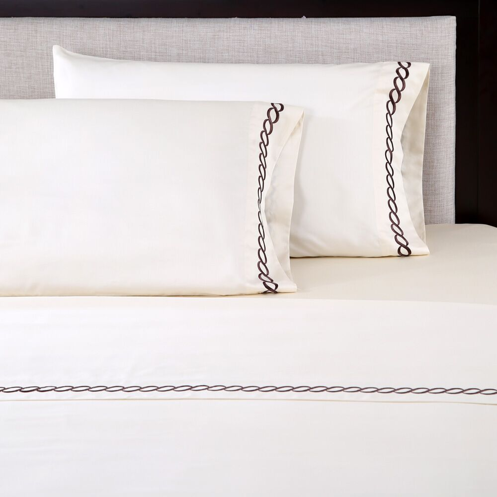 600 Thread Count Cotton Embroidered Pillowcase Color: Chain Ivory/Chestnut, Size: King