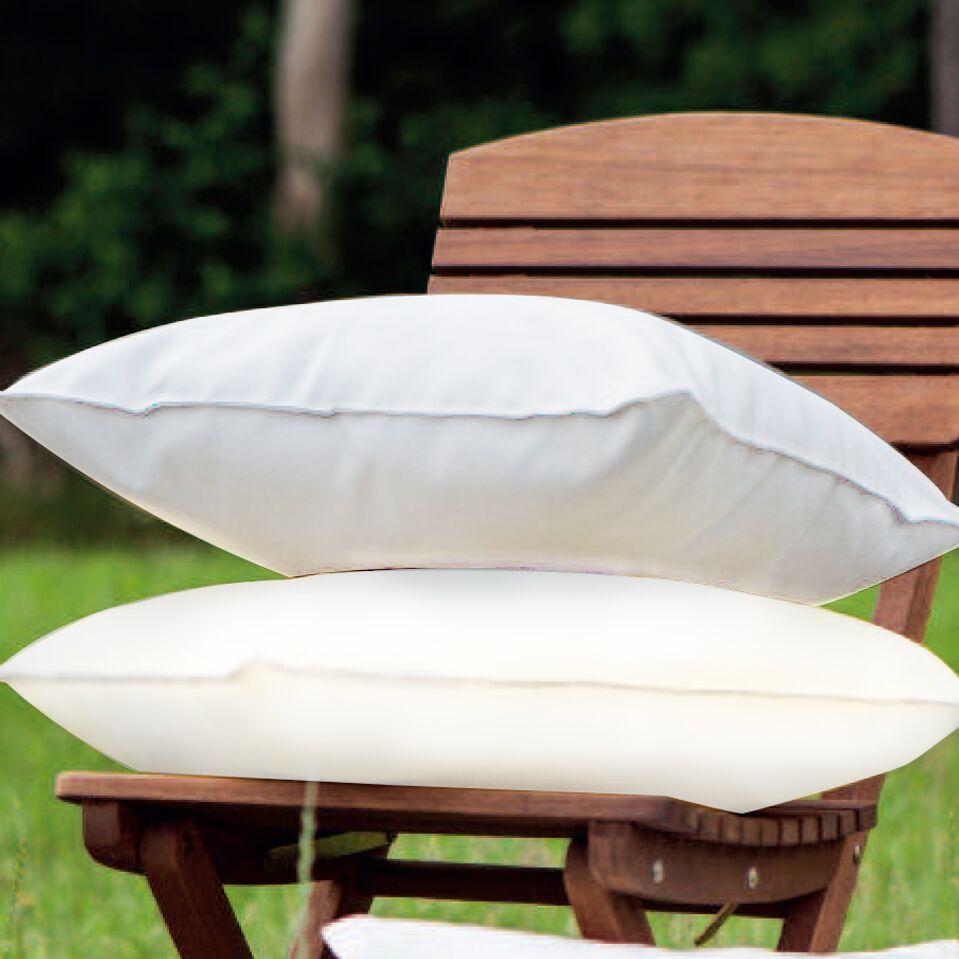 Indoor/Outdoor Throw Pillow Color: Cream
