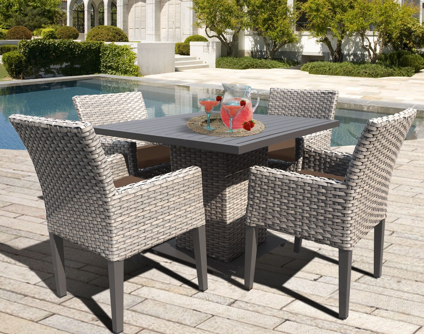 Oasis 5 Piece Dining Set with Cushions Color: Cocoa