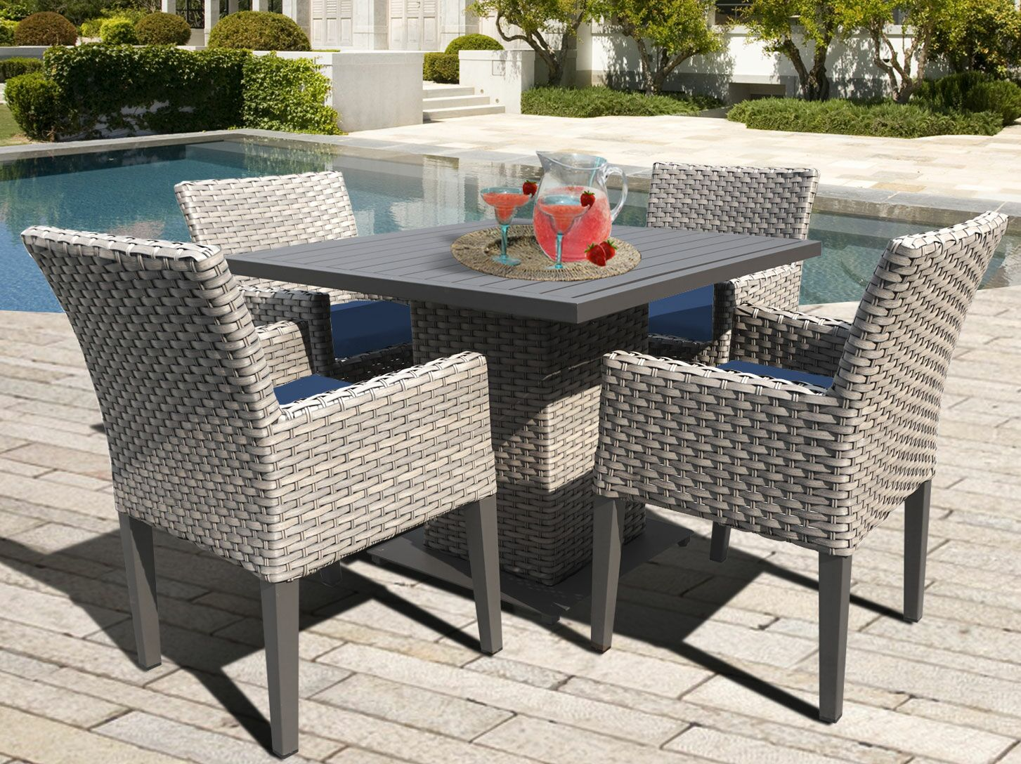 Oasis 5 Piece Dining Set with Cushions Color: Navy