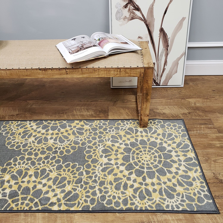 Feltman Lace Yellow Area Rug Rug Size: Rectangle 5' x 6'6