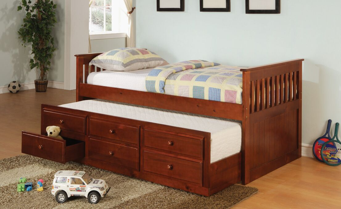 Smotherman Daybed with Trundle Finish: Cherry