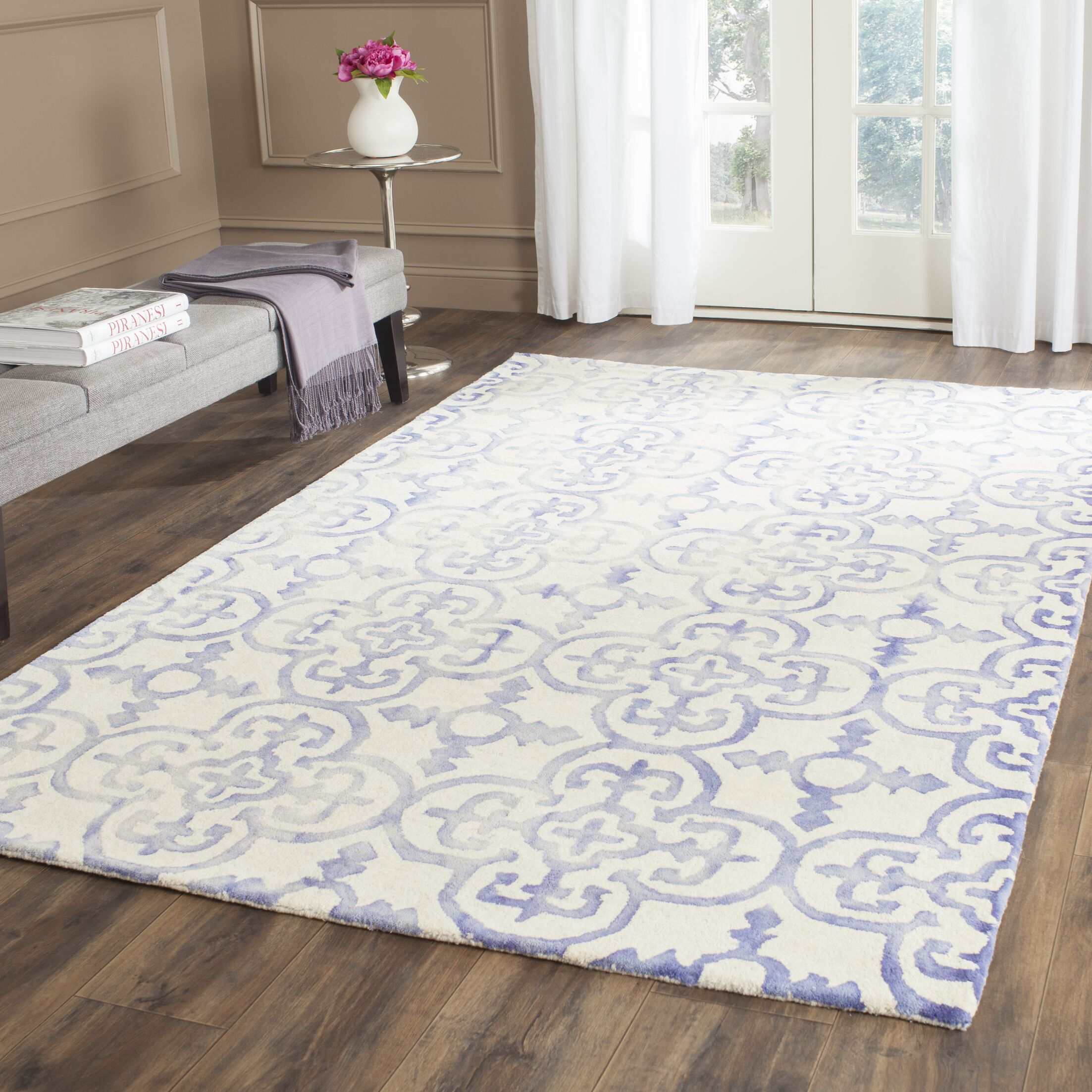 Carter Hand-Tufted Ivory/Blue Area Rug Rug Size: Rectangle 9' x 12'
