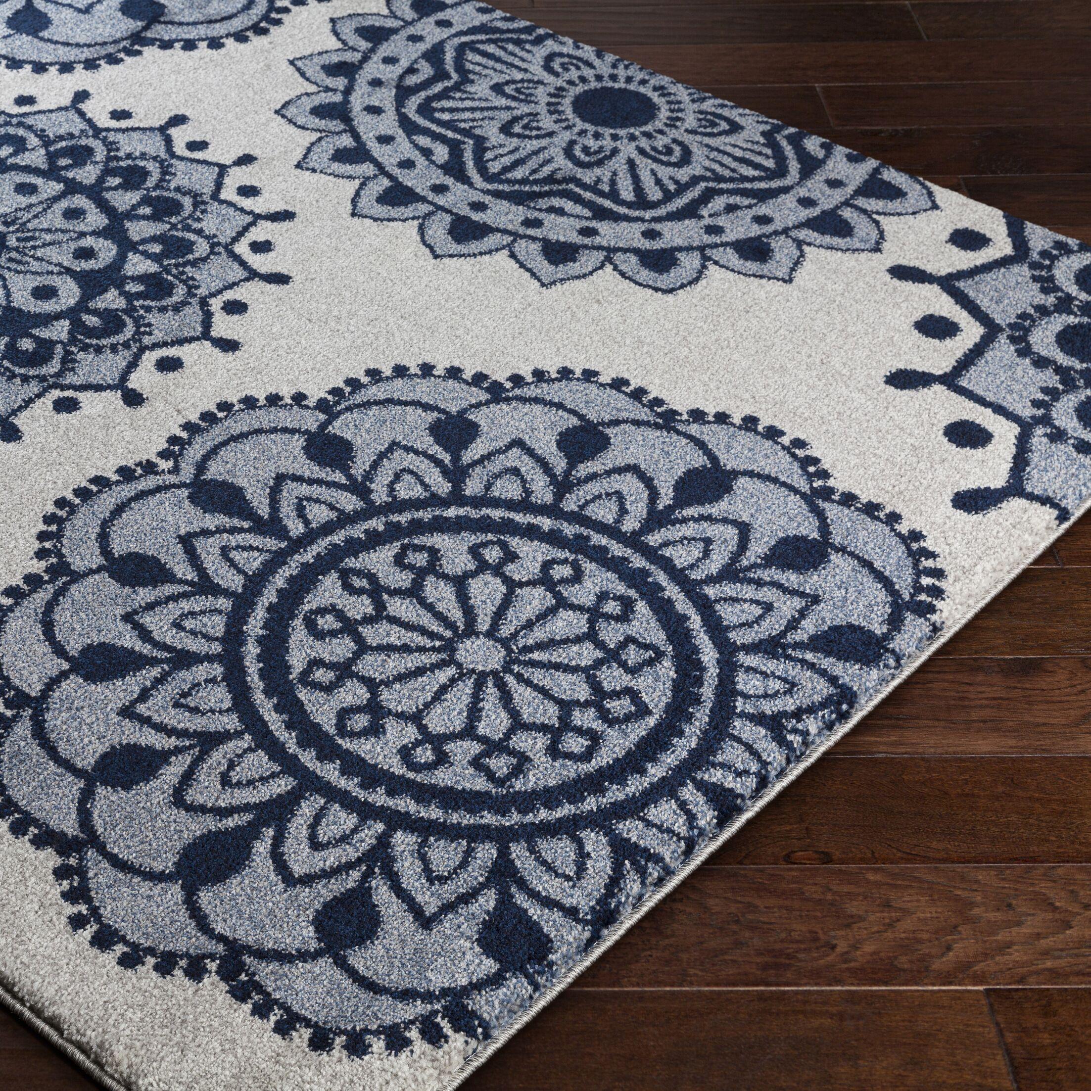 Gravesham Blue/Gray Area Rug Rug Size: Rectangle 5'3