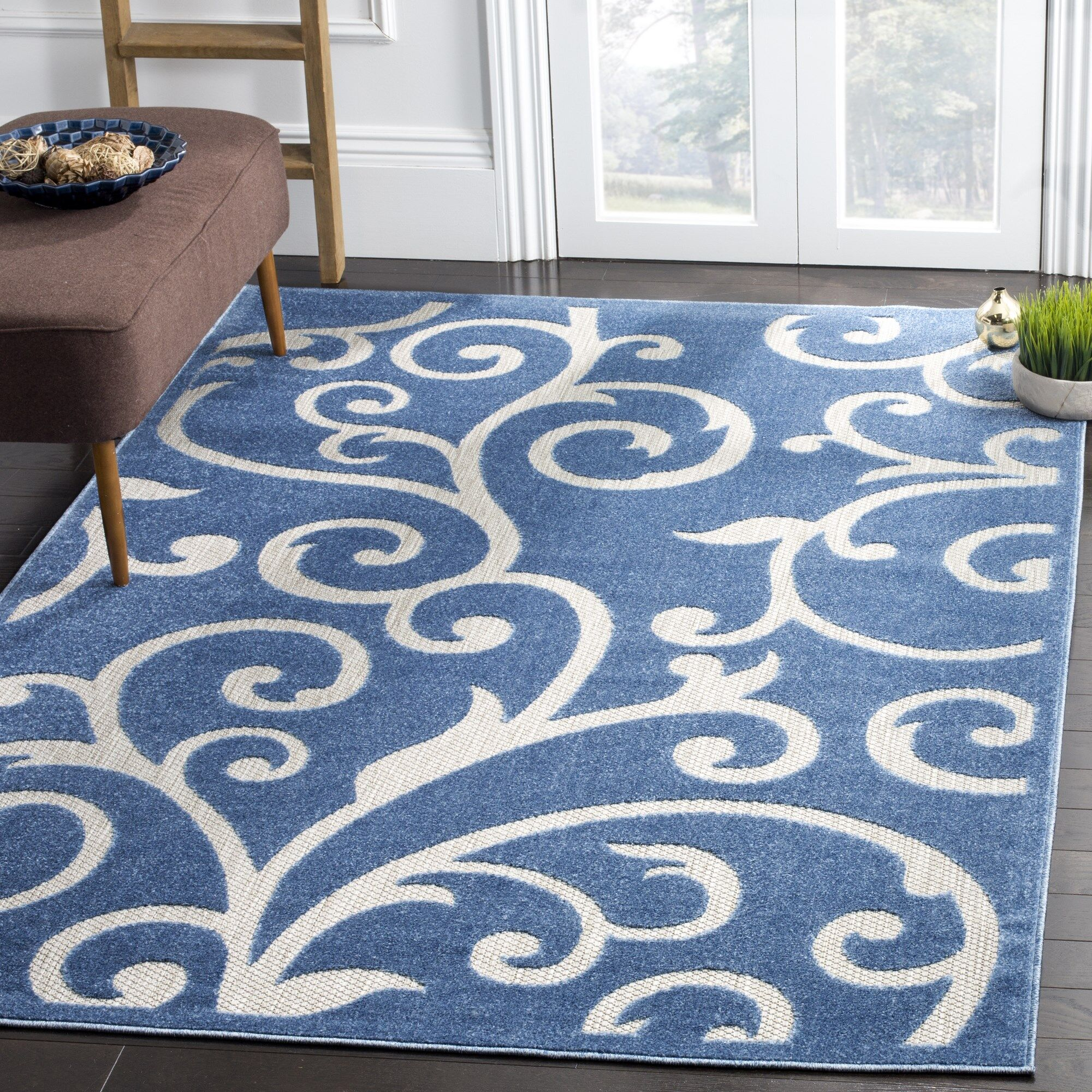 Bryan Blue/Cream Indoor/Outdoor Area Rug Rug Size: 8' x 11'2