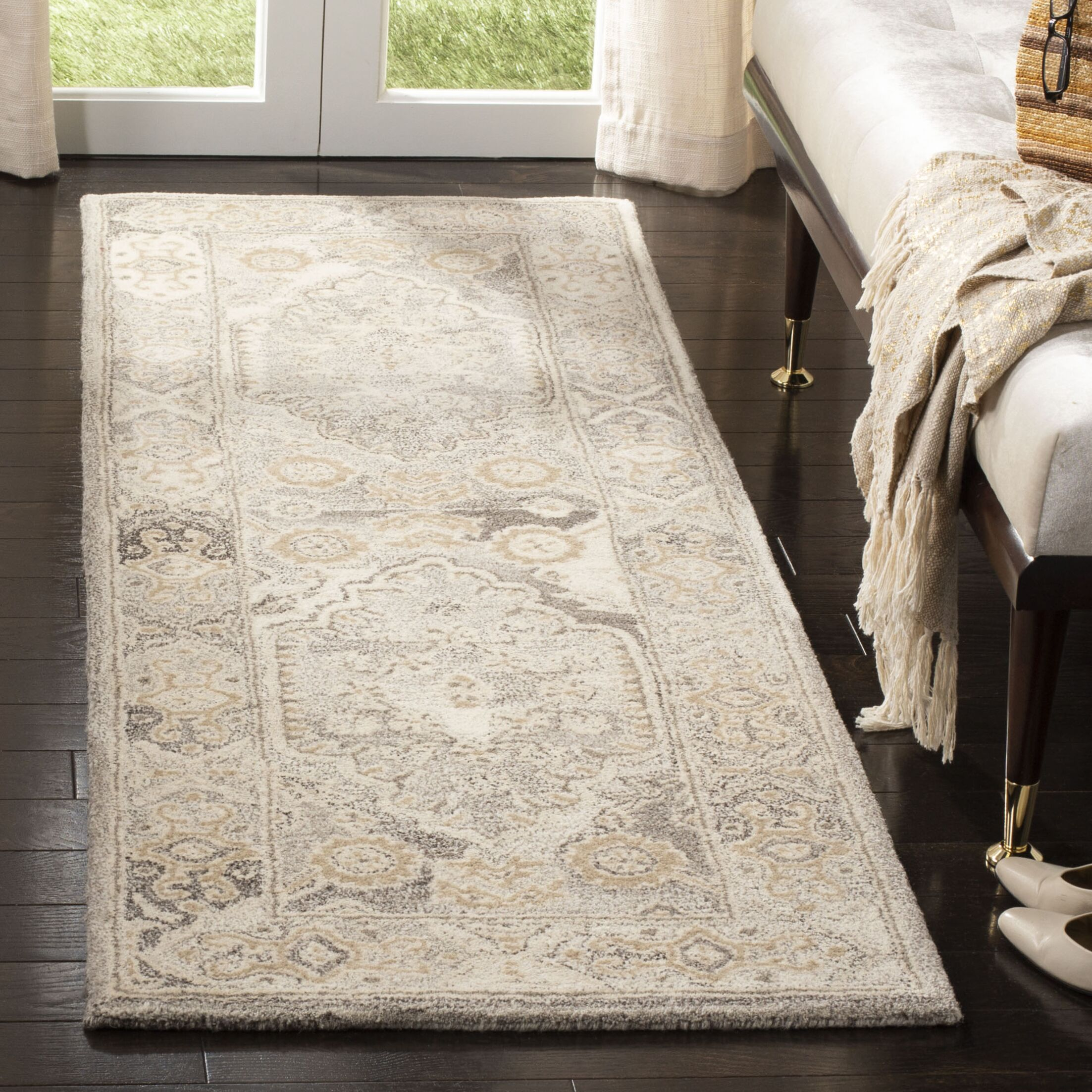 Amory Hand-Tufted Wool Light Gray Area Rug Rug Size: Runner 2'3