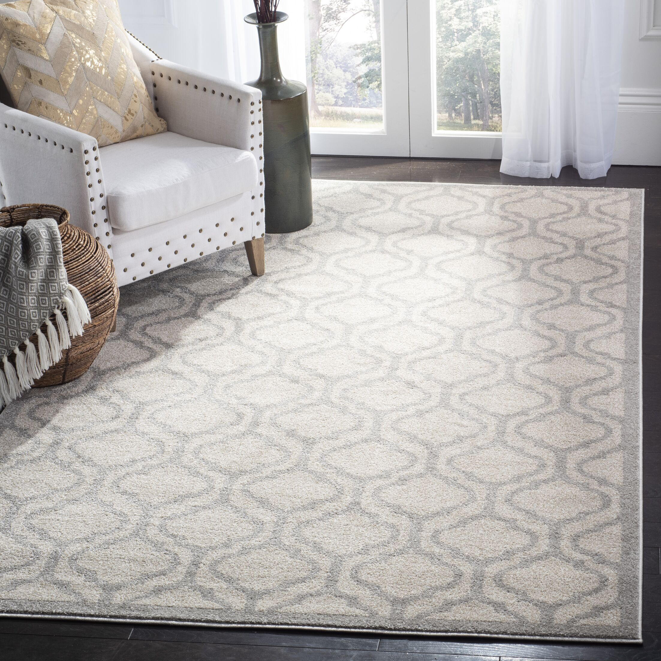 Carman Ivory/Light Gray Indoor/Outdoor Area Rug Rug Size: Rectangle 5' x 8'