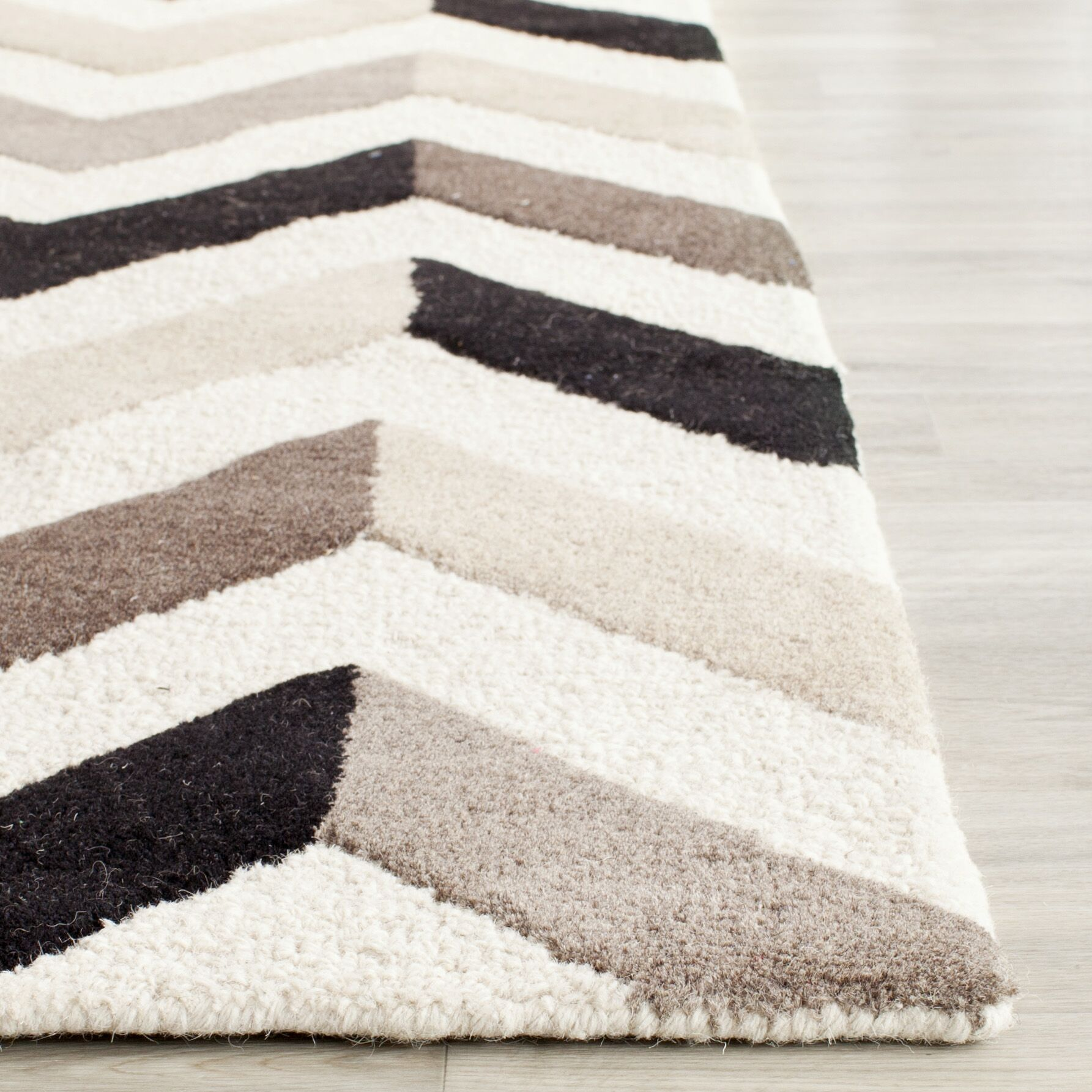 Obrian Hand-Tufted Ivory/Black Area Rug Rug Size: Rectangle 3' x 5'