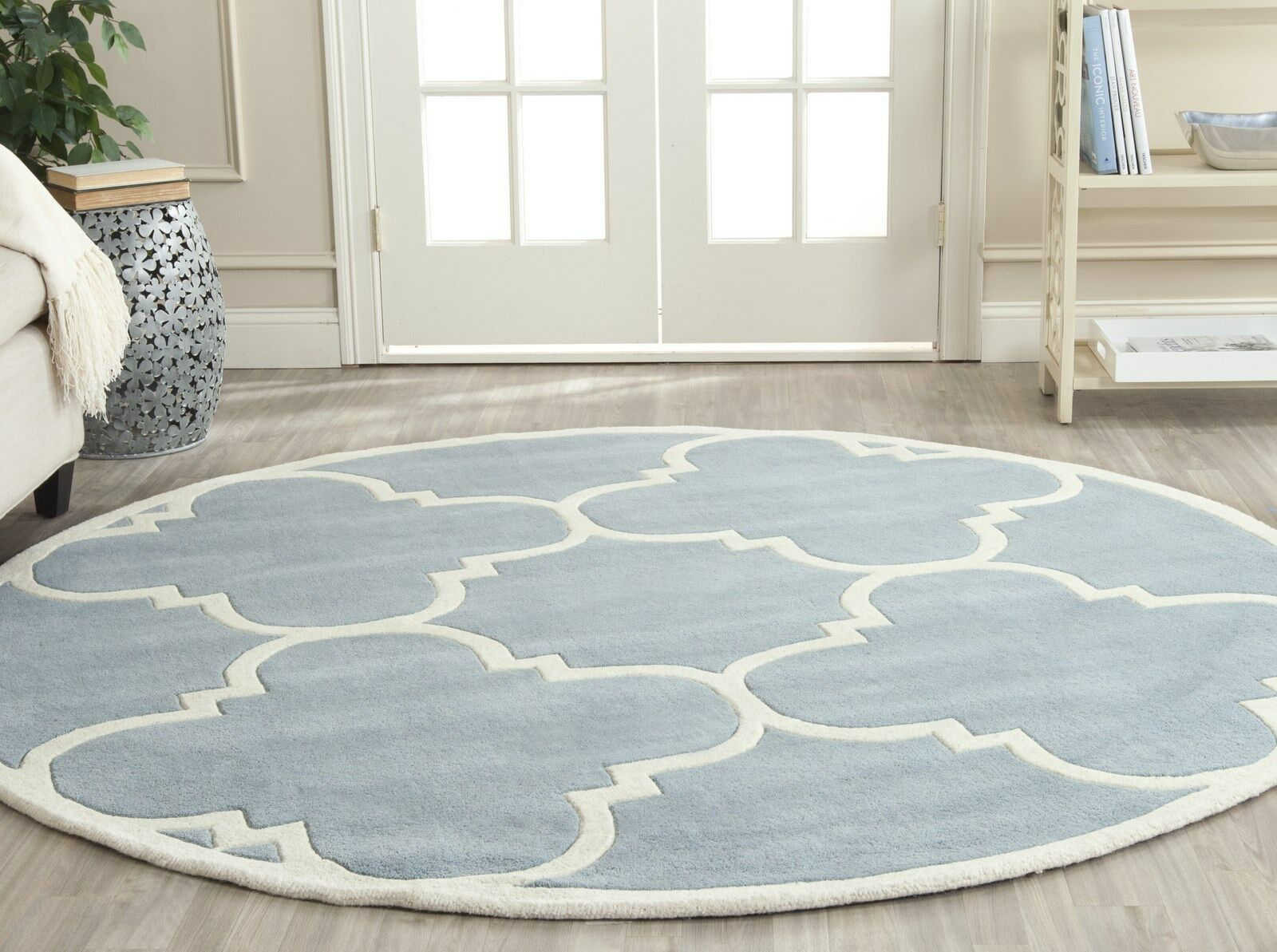 Wilkin Hand-Tufted Blue/Ivory Area Rug Rug Size: Round 7'