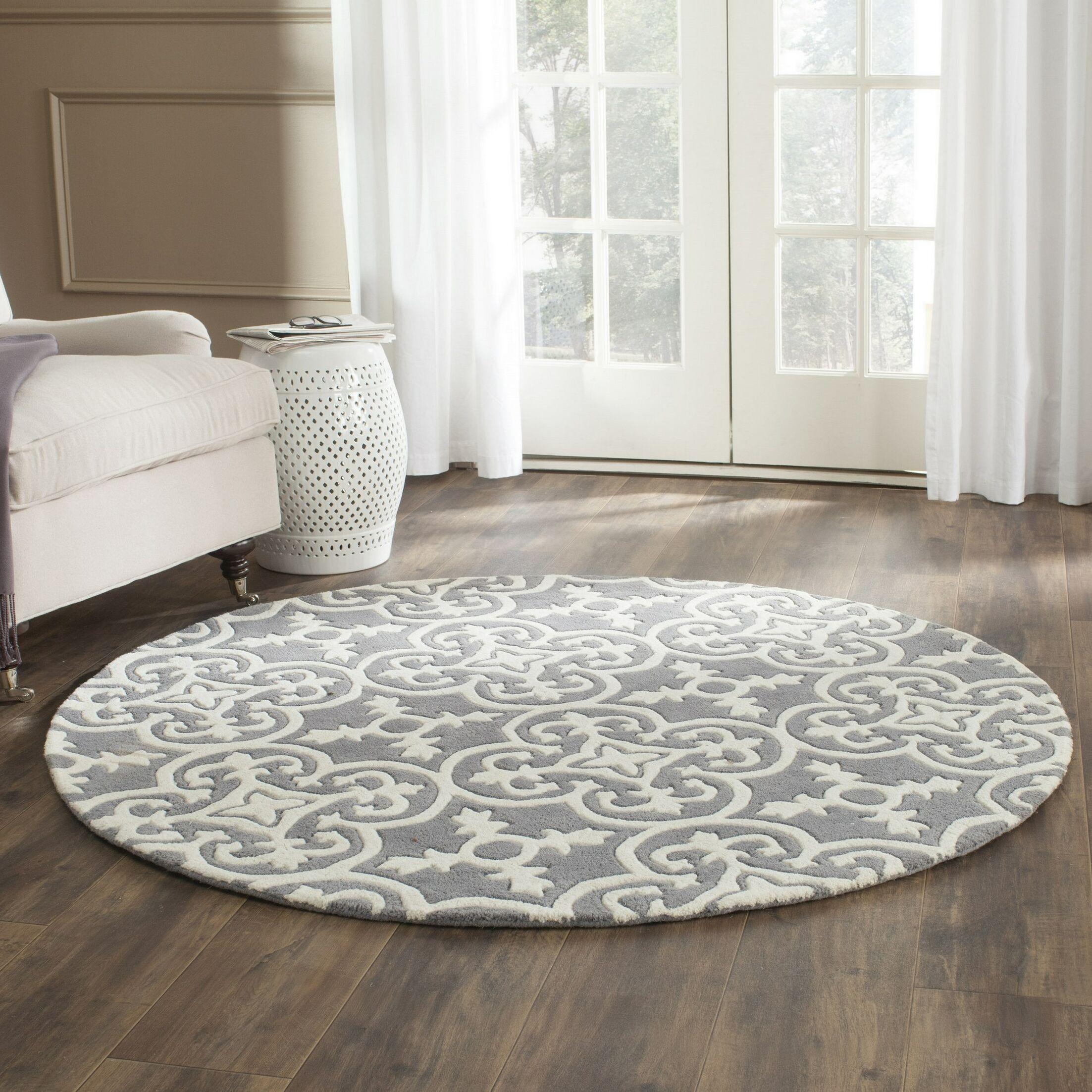 Wilkin Dark Grey / Ivory Contemporary Rug Rug Size: Round 5'
