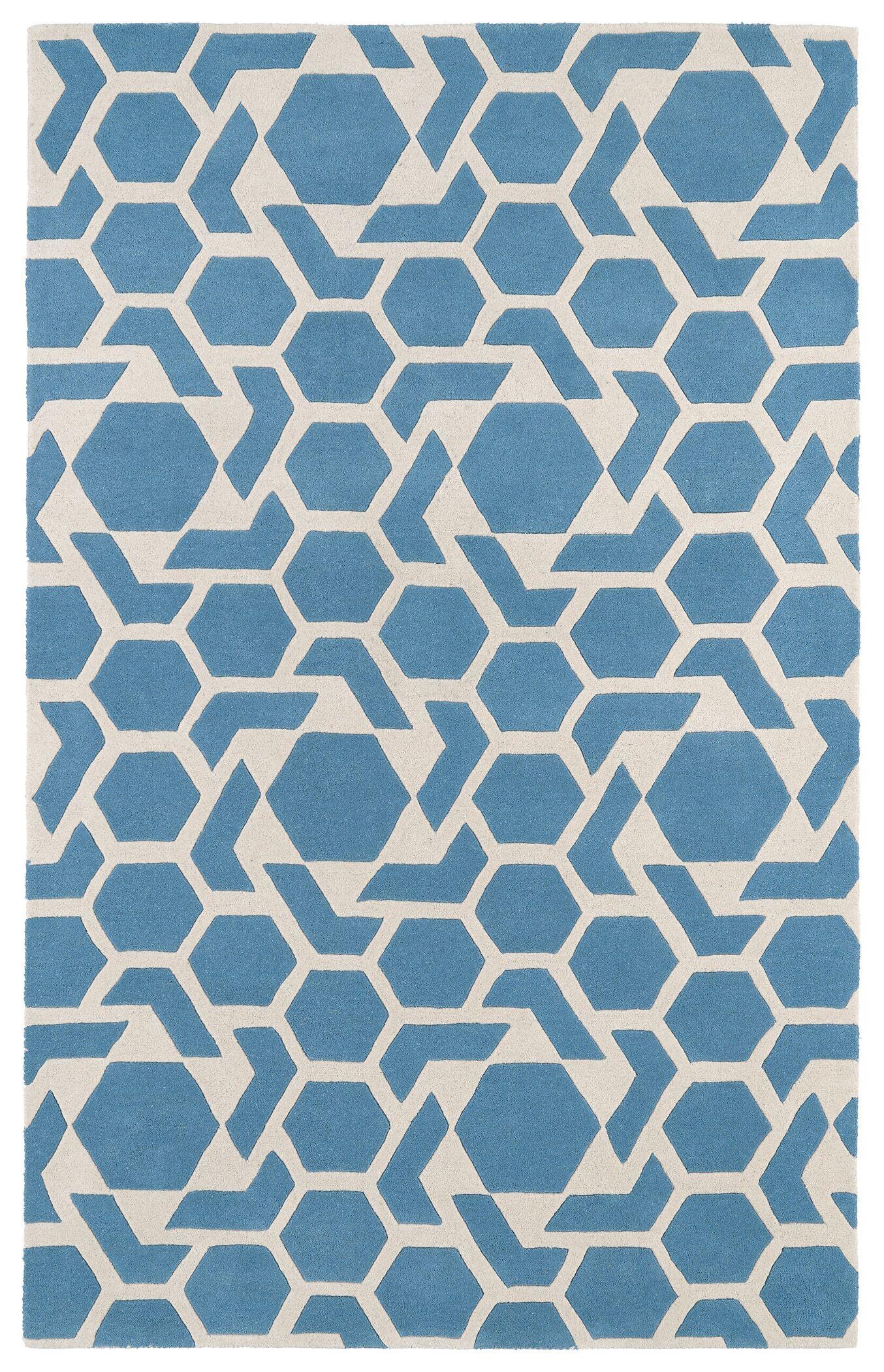 Fairlee Blue/White Area Rug Rug Size: Rectangle 5' x 7'9