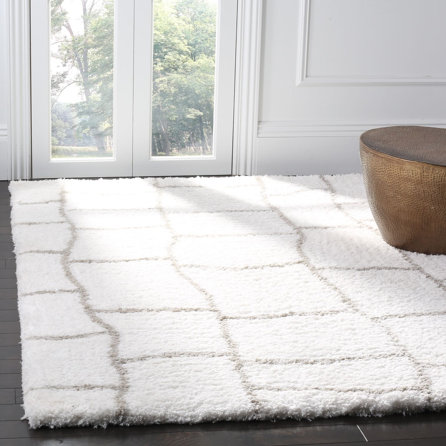 Shead Hand-Tufted Ivory/Silver Area Rug Rug Size: Rectangle 3' x 5'